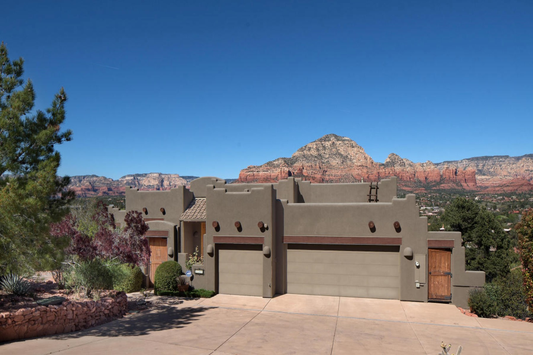sales property at Elegant and warm Santa Fe style home