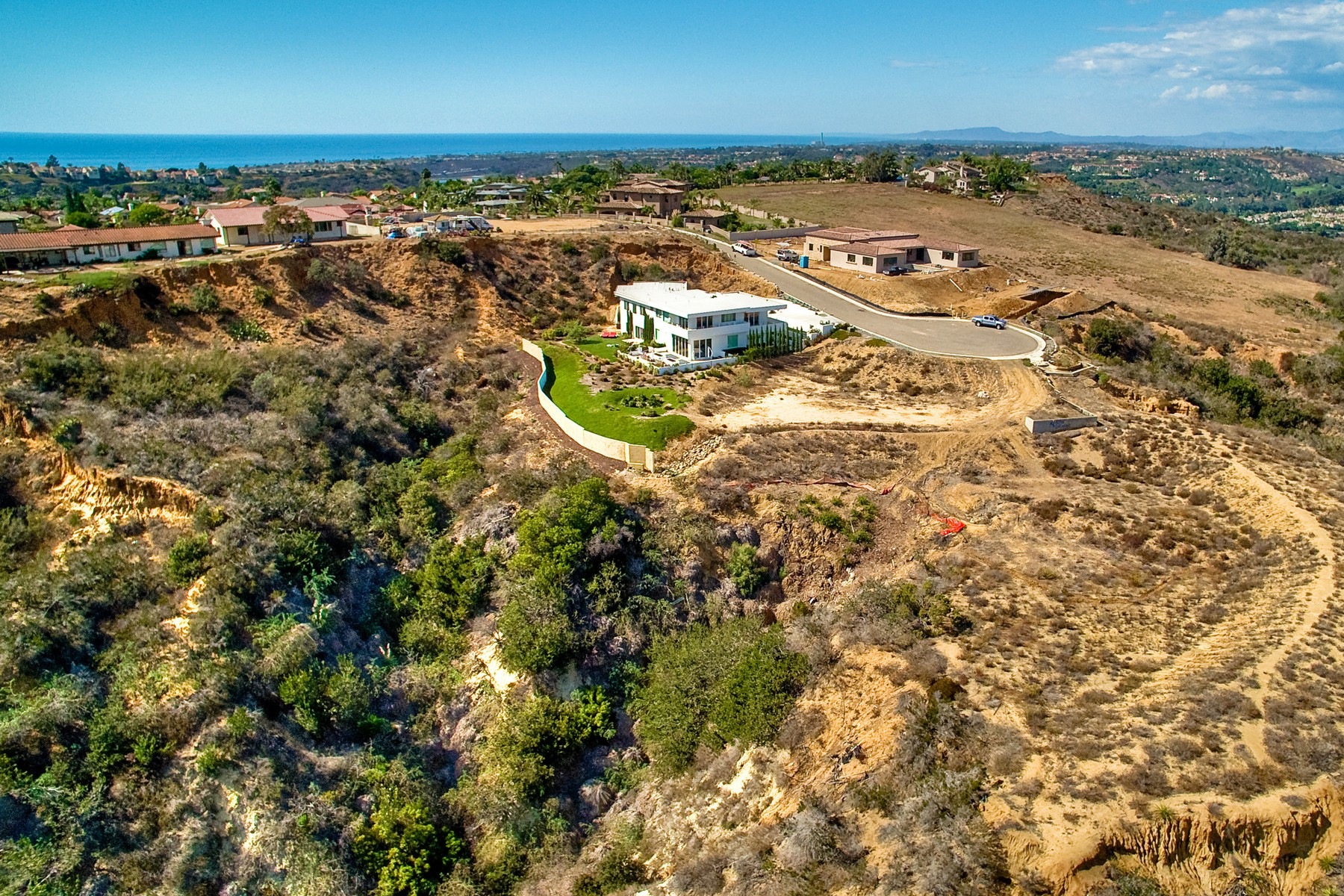 Additional photo for property listing at 1459 Bella Azul Court  Encinitas, California 92024 United States