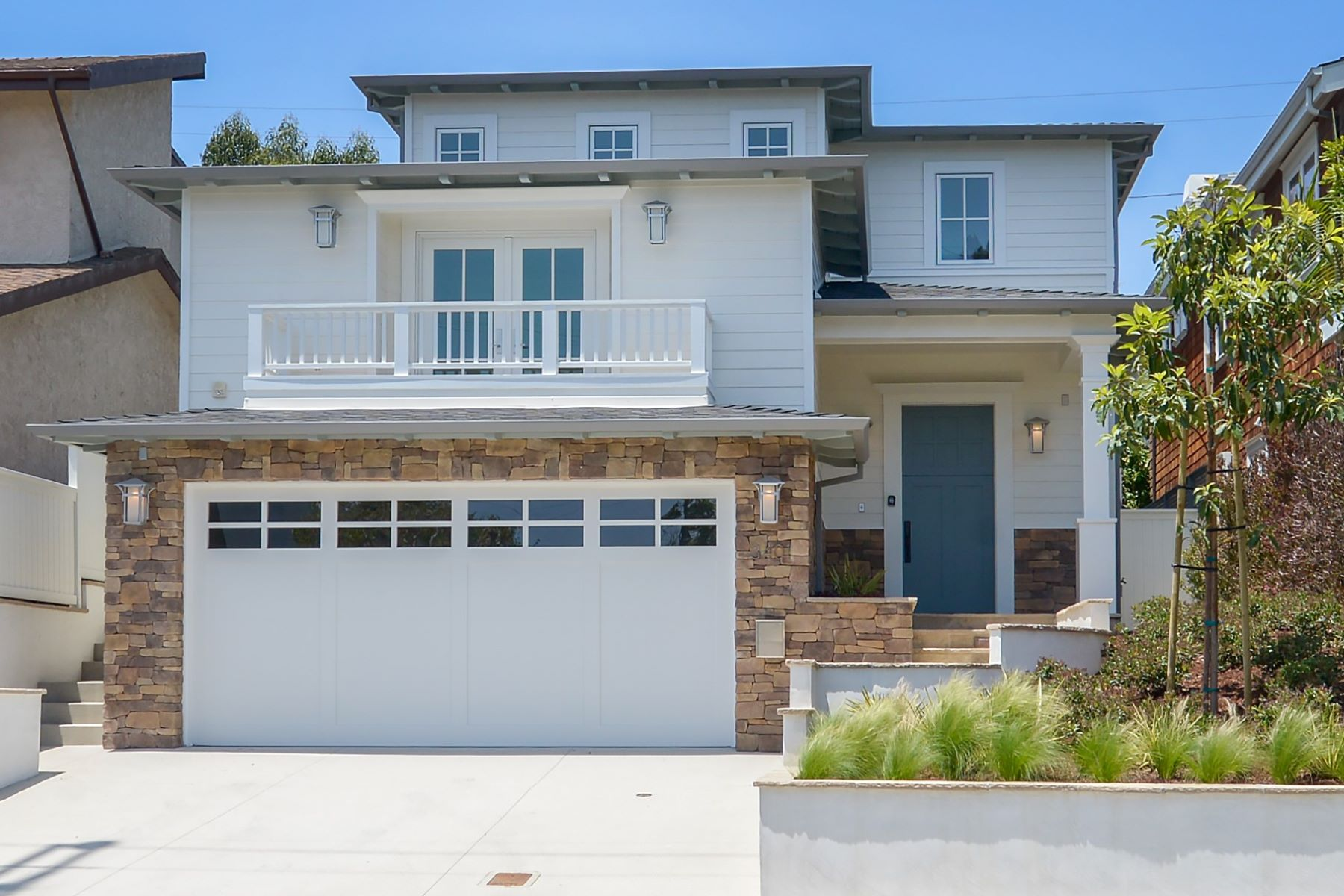 Single Family Home for Sale at 3401 Pacific Ave Manhattan Beach, California 90266 United States