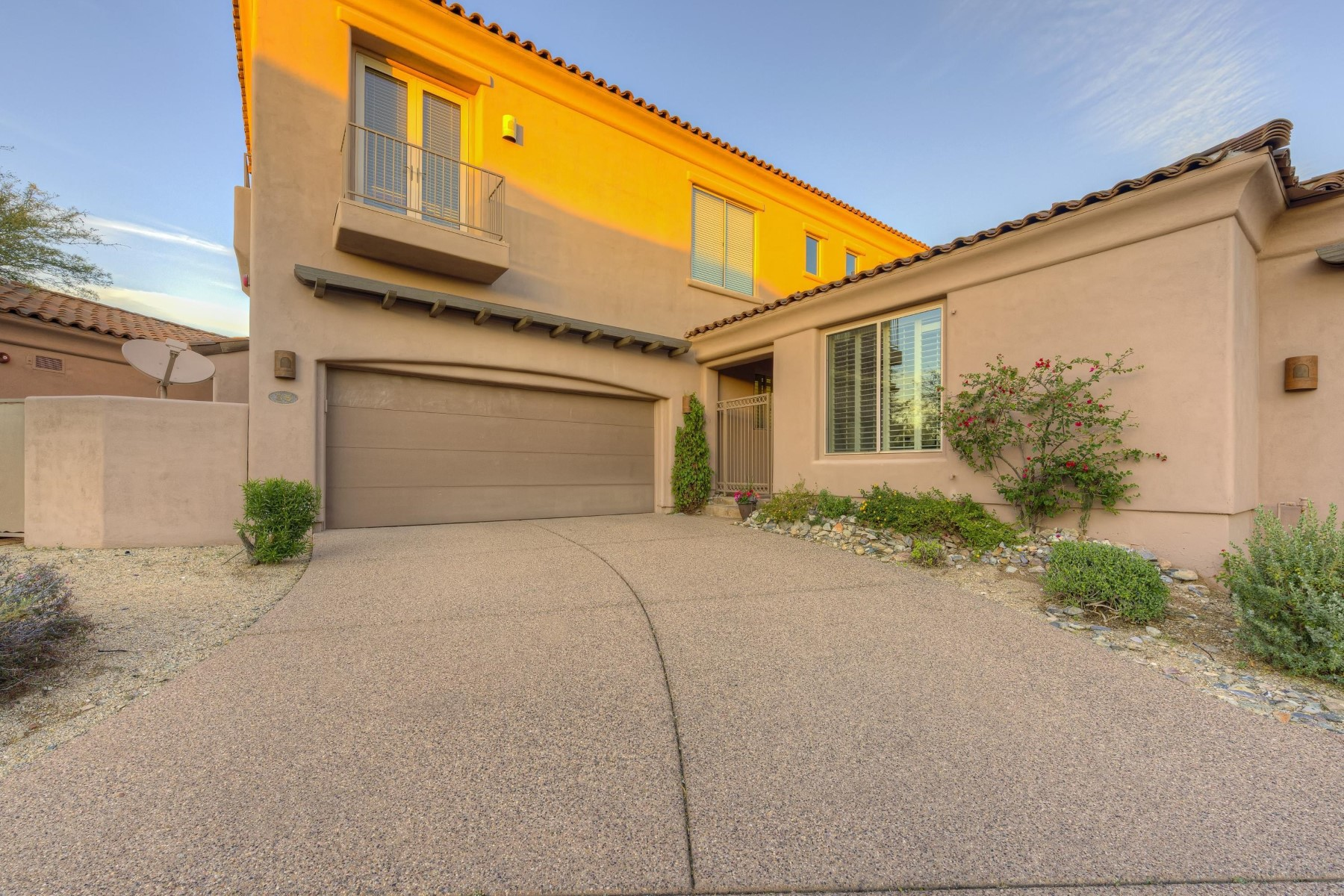sales property at Stunning soft contemporary in one of the most conveyed communities in Scottsdale