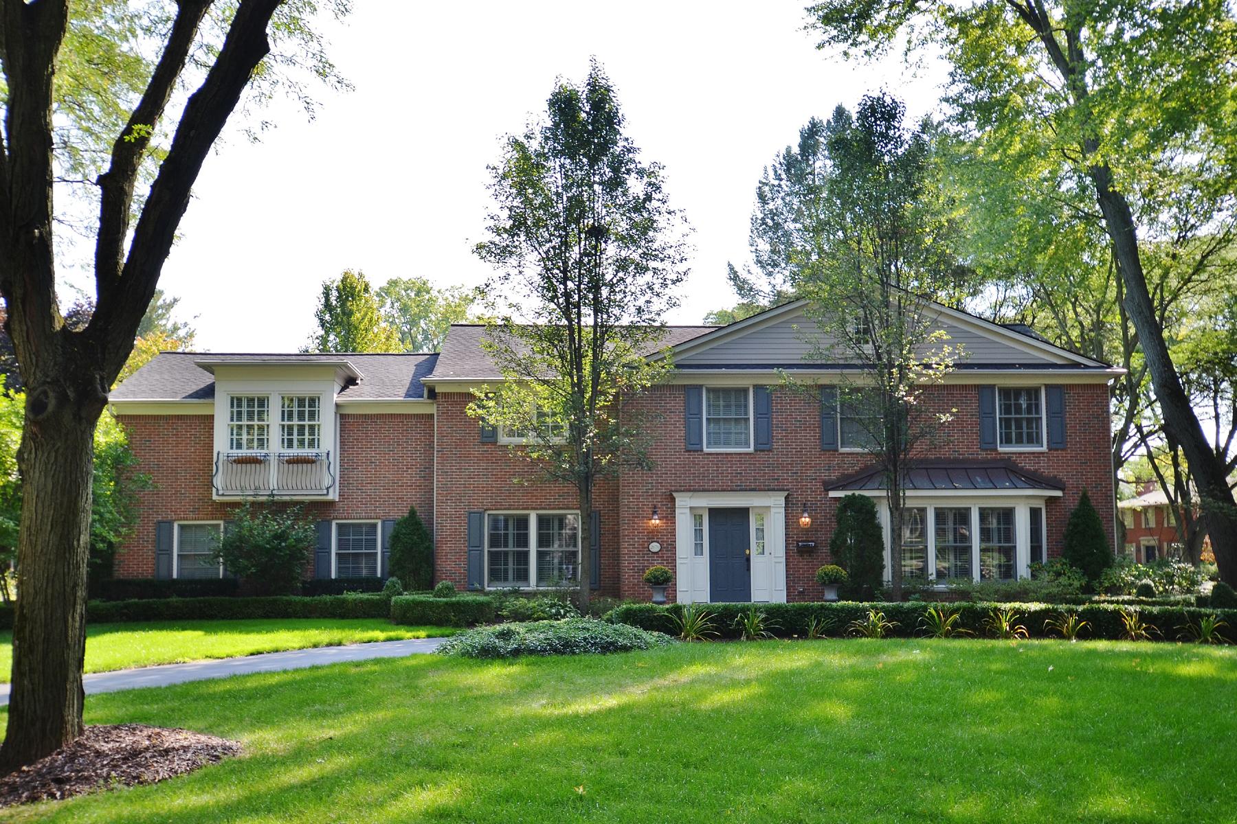 Maison unifamiliale pour l Vente à Bloomfield 2670 Covington Place Bloomfield, Michigan, 48301 États-Unis