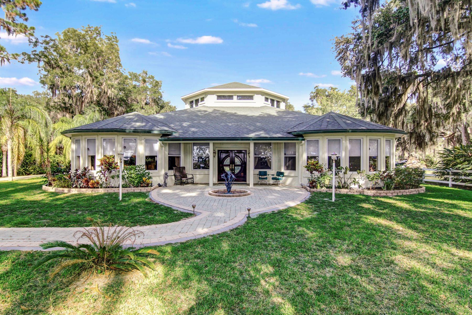 Nhà ở một gia đình vì Bán tại 10536 County Road 13 North St. Augustine, Florida, 32092 Hoa Kỳ