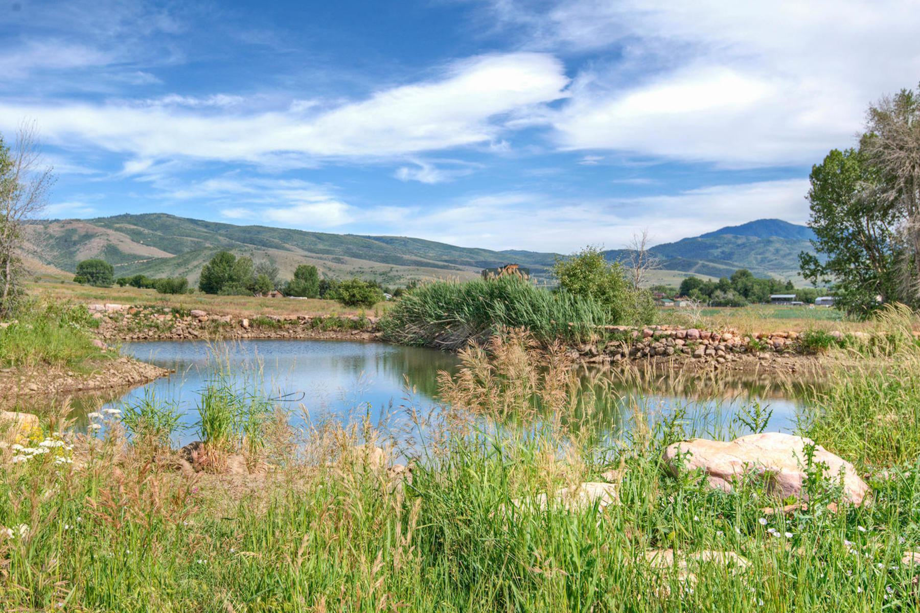 Terreno por un Venta en Kelley Creek Farm 465 North 9000 East Huntsville, Utah, 84317 Estados Unidos