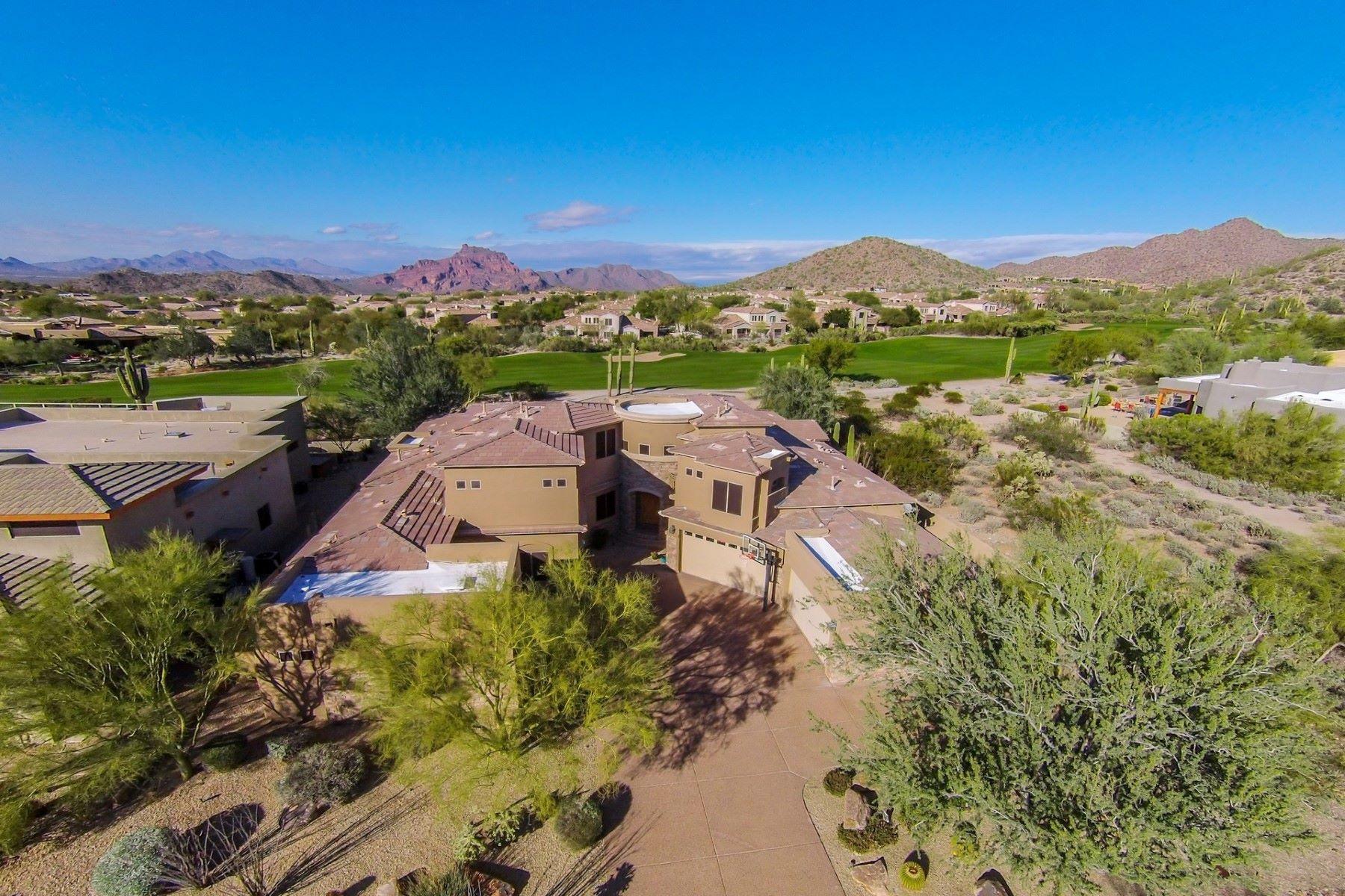 Casa Unifamiliar por un Venta en Stunning Golf Course and Mountain Views 7130 E Saddleback St #24 Mesa, Arizona, 85207 Estados Unidos
