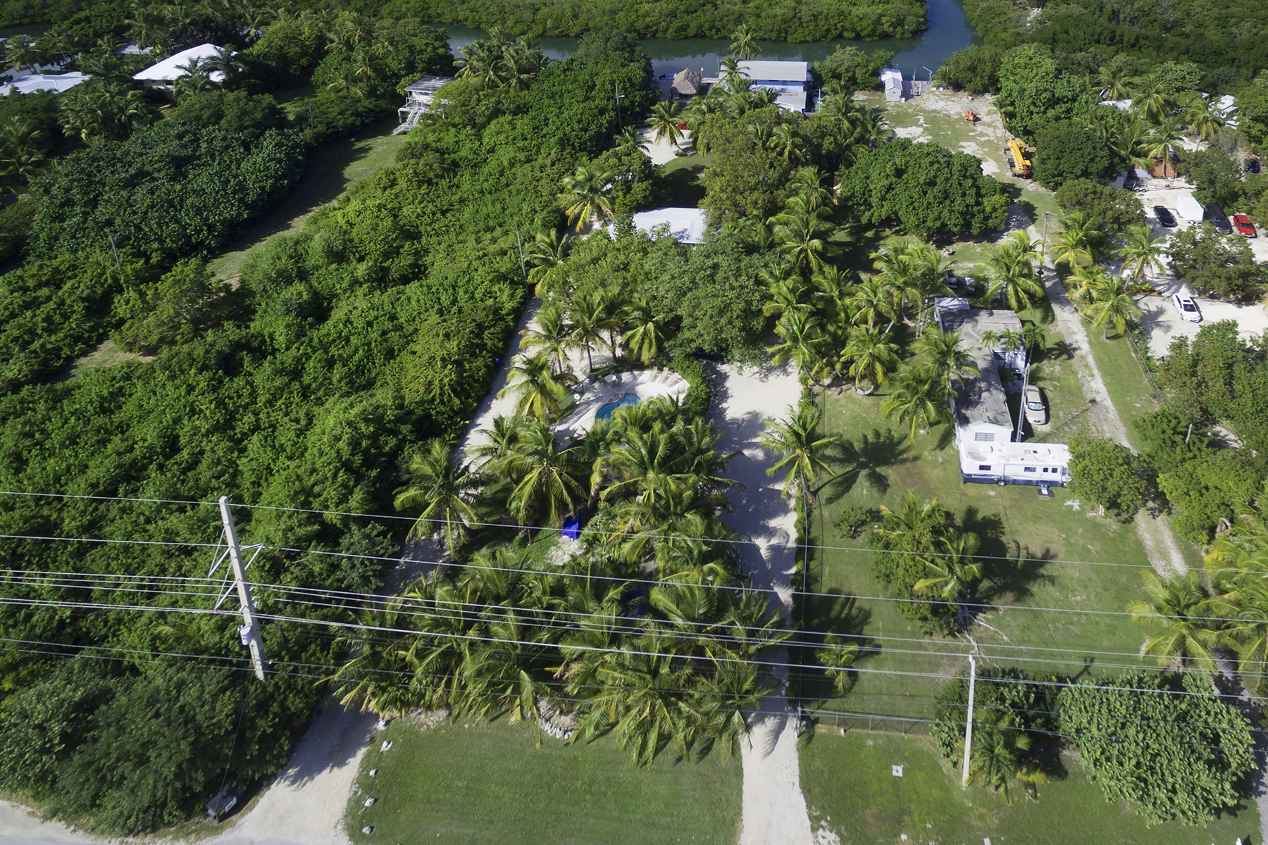 Additional photo for property listing at Exclusive Waterfront Location 77360 Overseas Highway Islamorada, Φλοριντα 33036 Ηνωμενεσ Πολιτειεσ