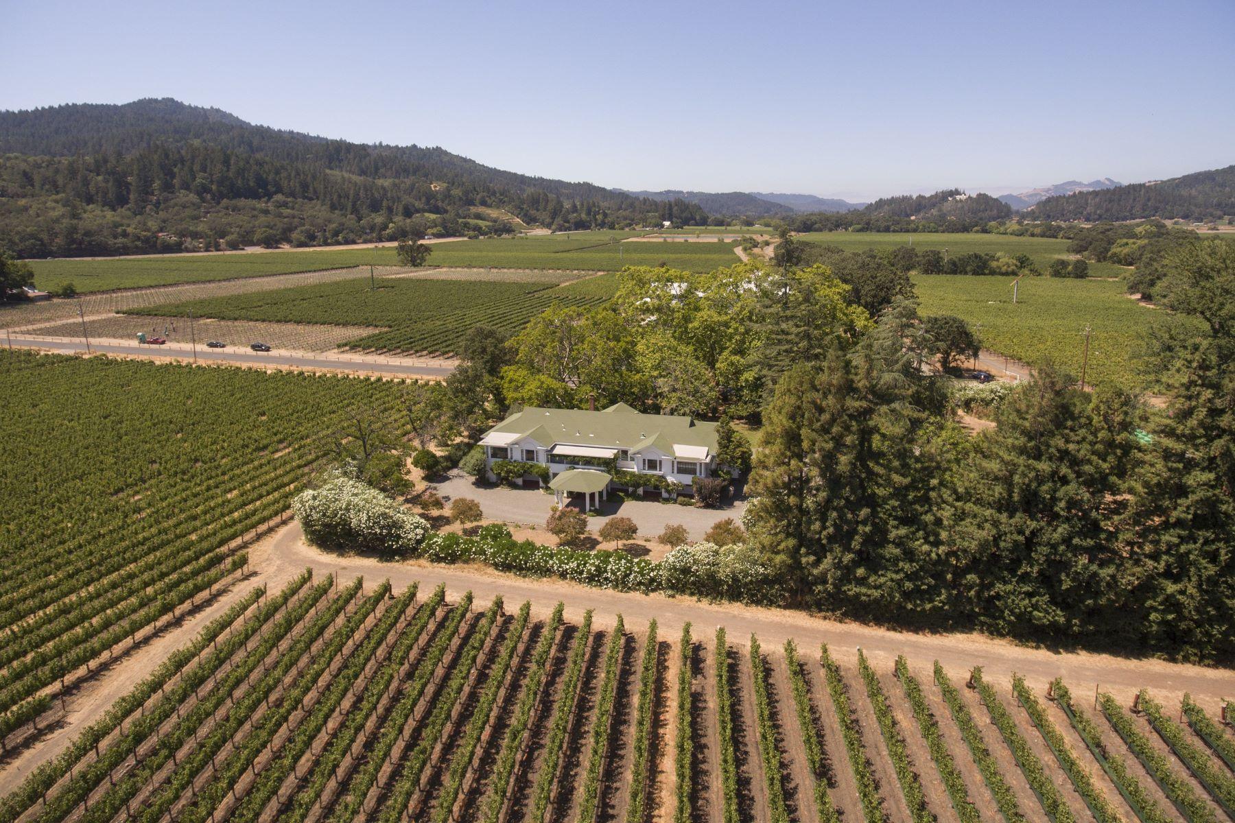 Casa para uma família para Venda às Larkmead Inn in the Vineyards 1103 Larkmead Lane Calistoga, Califórnia, 94515 Estados Unidos