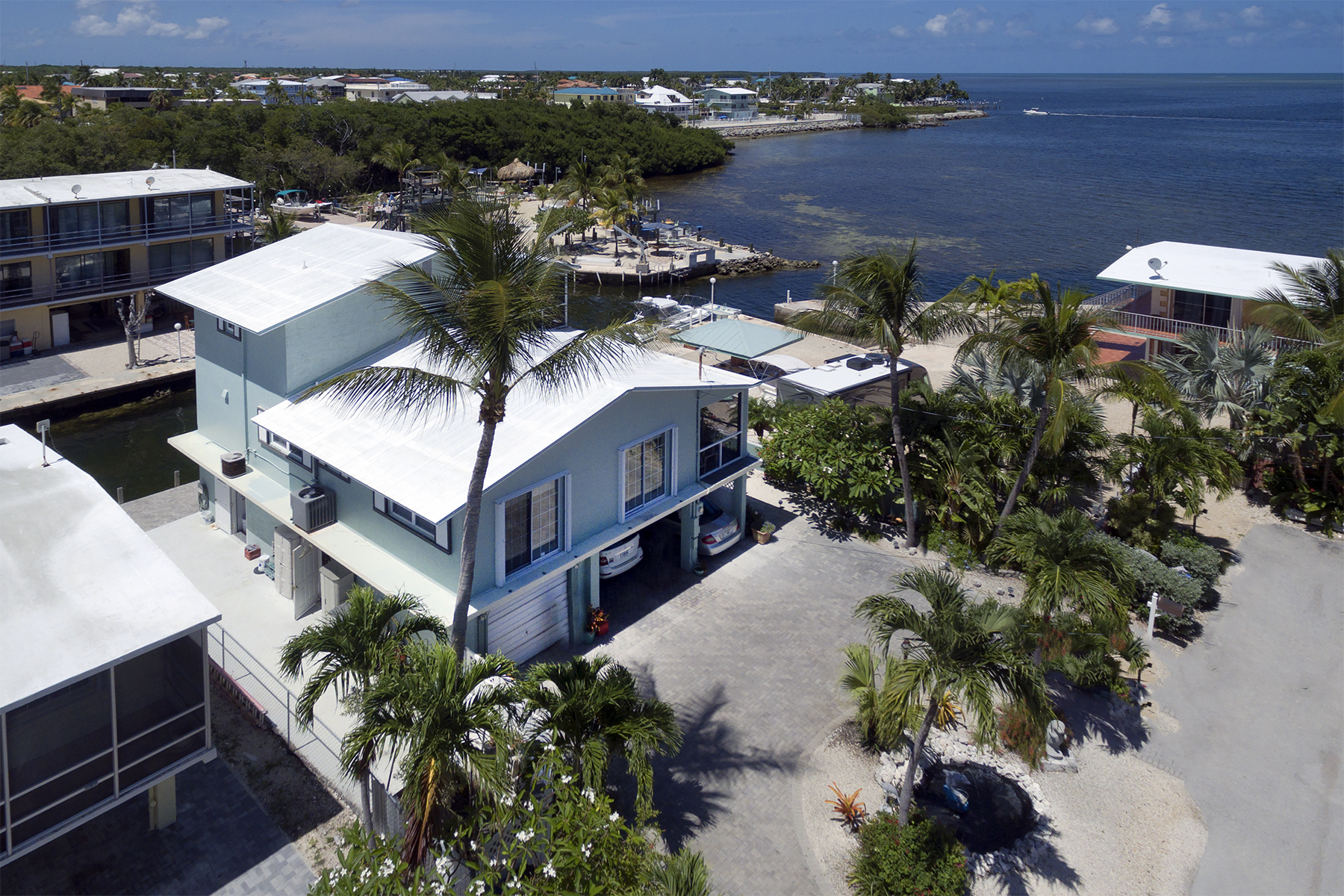 Single Family Home for Sale at Sweeping Ocean Views 84 Seagate Blvd Key Largo, Florida, 33037 United States