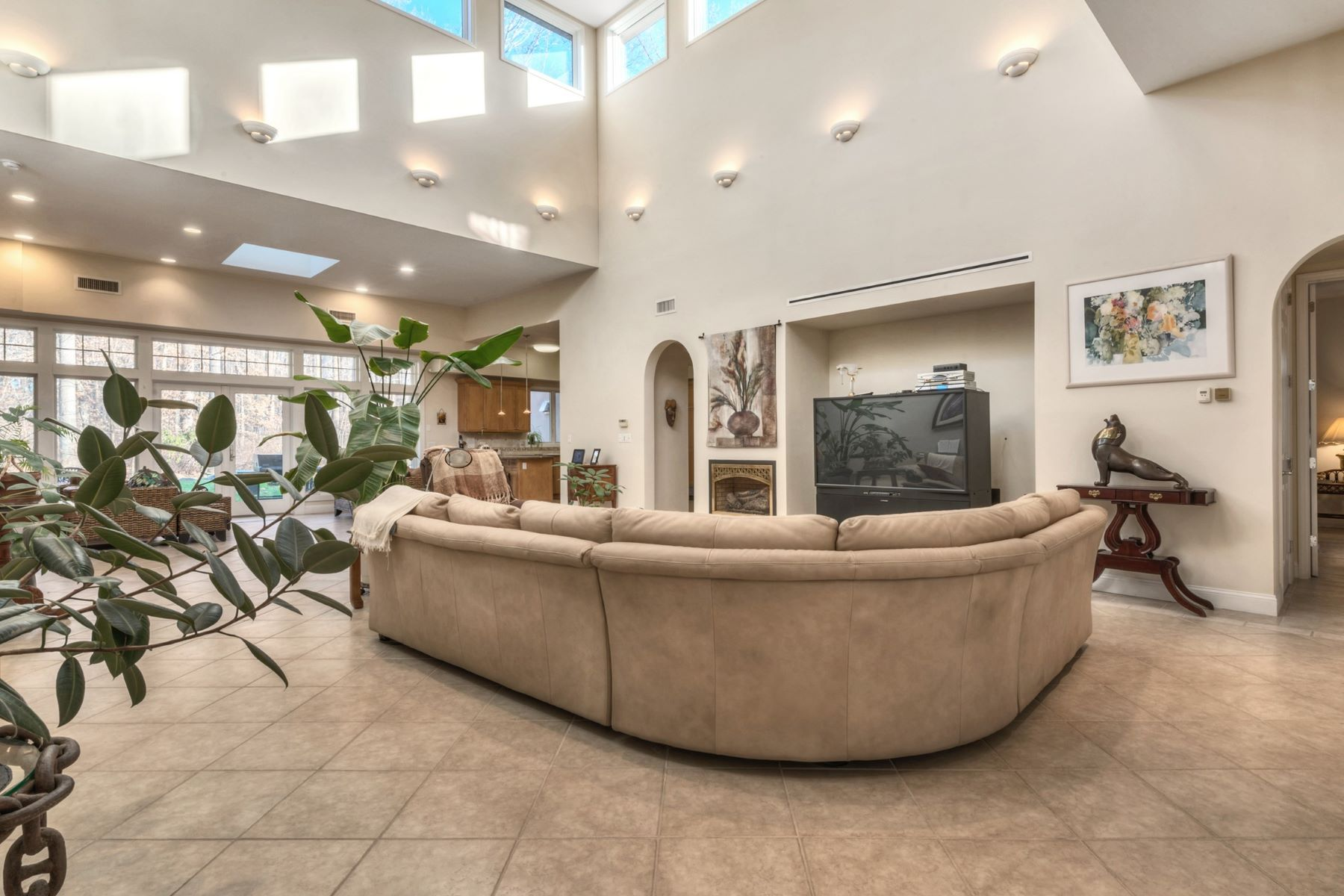 Casa Unifamiliar por un Venta en Custom Contemporary 23 Heyhoe Woods Rd. Palisades, Nueva York, 10964 Estados Unidos