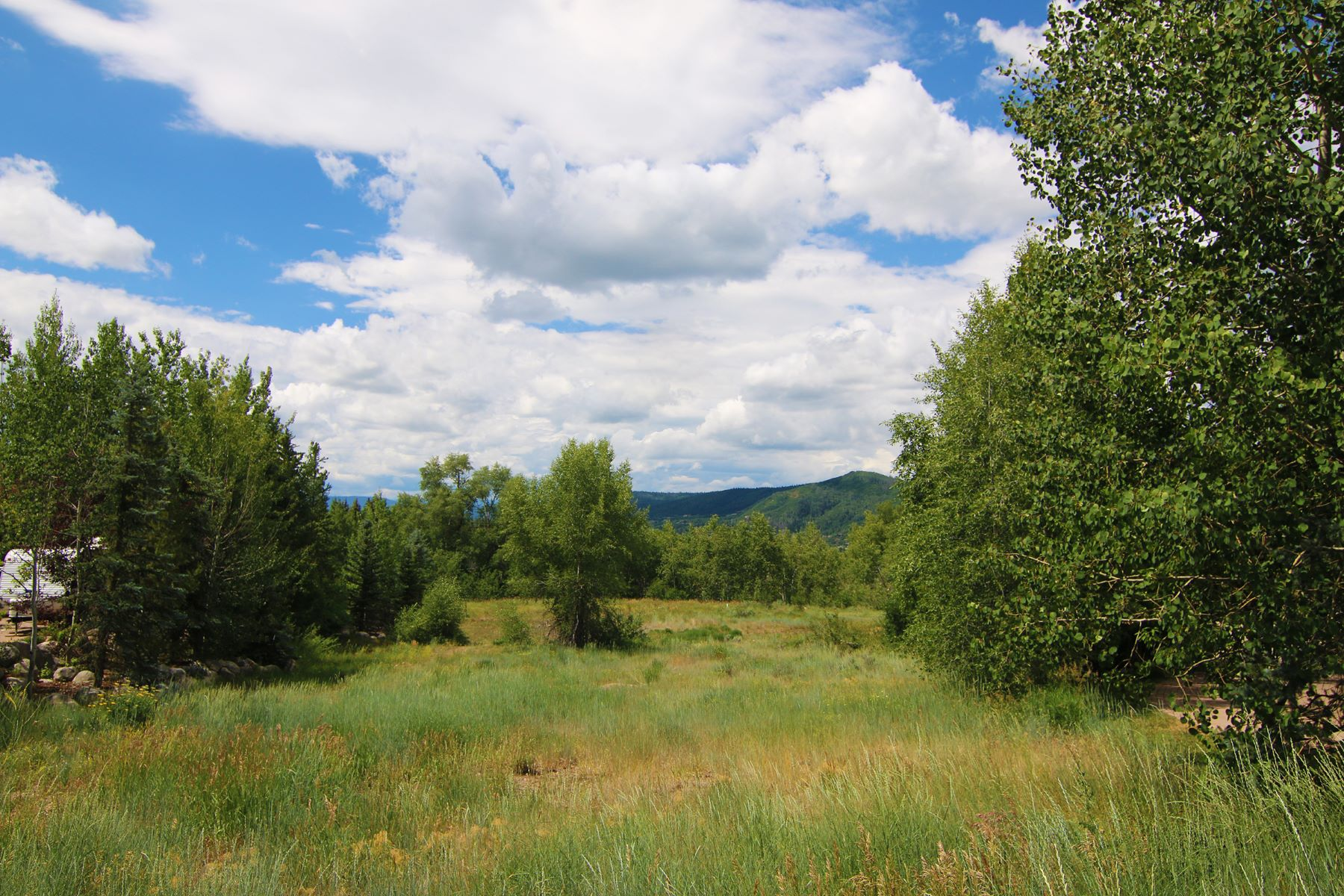 Additional photo for property listing at Mountain View Lot 637 Meadowbrook Circle Steamboat Springs, Colorado 80487 United States