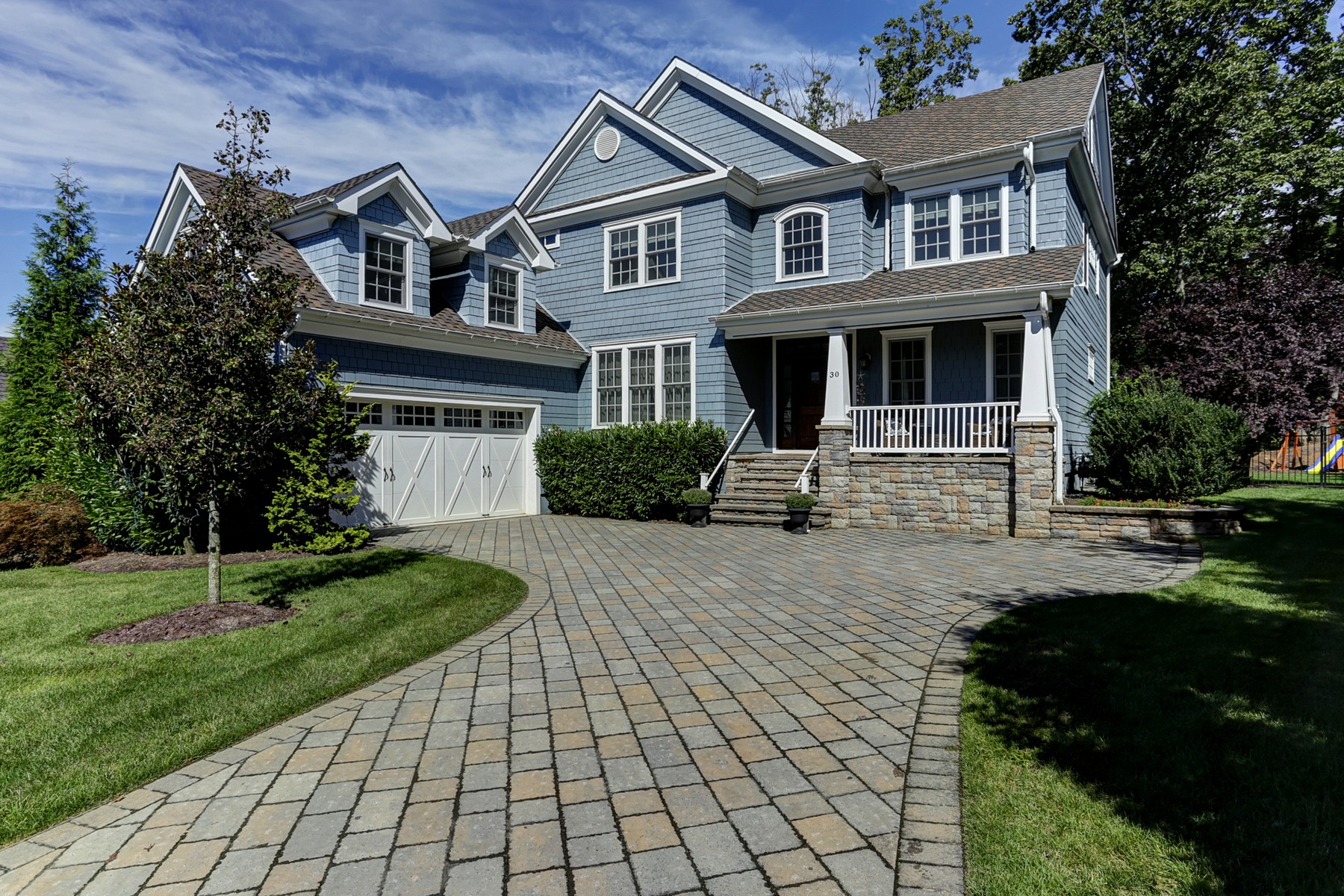 Single Family Home for Sale at Young Navesink Colonial 30 Ridgeview Ave Middletown, New Jersey, 07716 United States