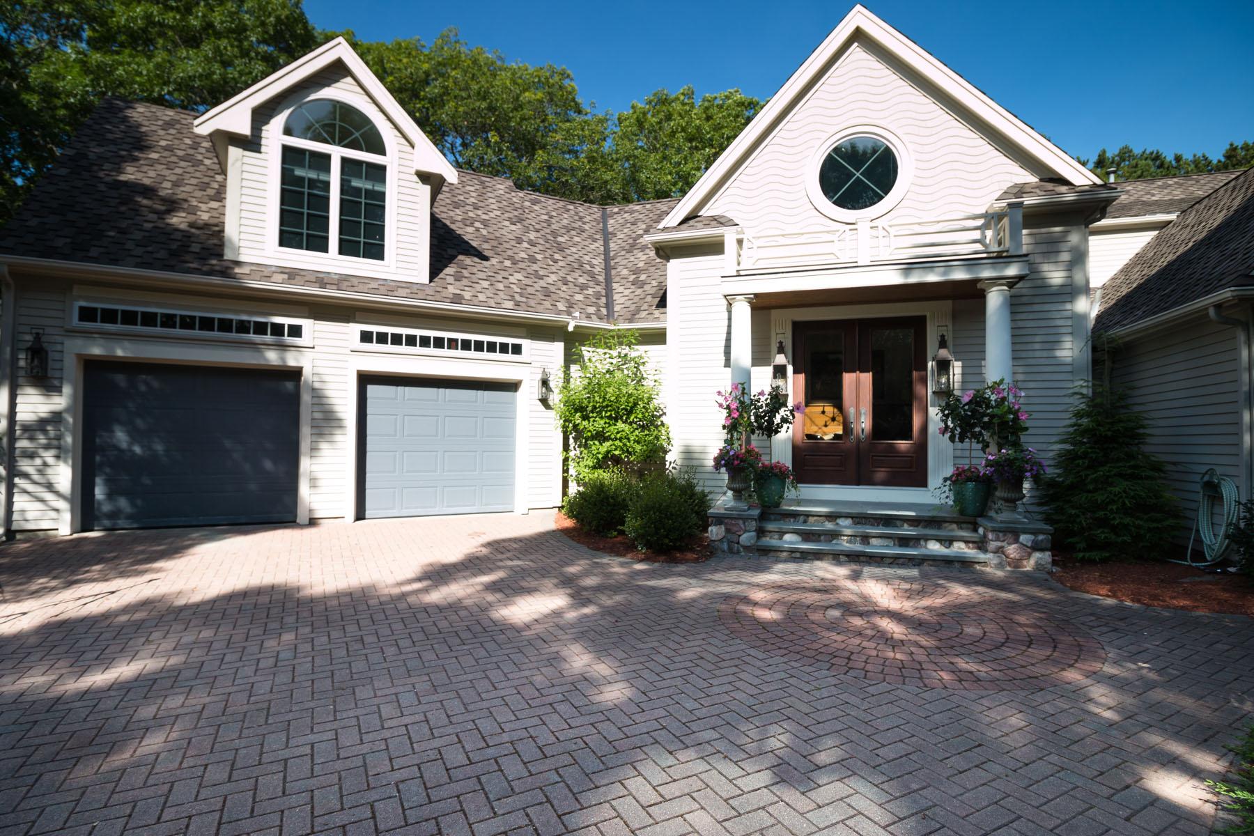 Villa per Vendita alle ore EXQUISITE CUSTOM BUILT HOME 98 Waterline Drive South New Seabury, Massachusetts, 02649 Stati UnitiIn/In giro: Mashpee