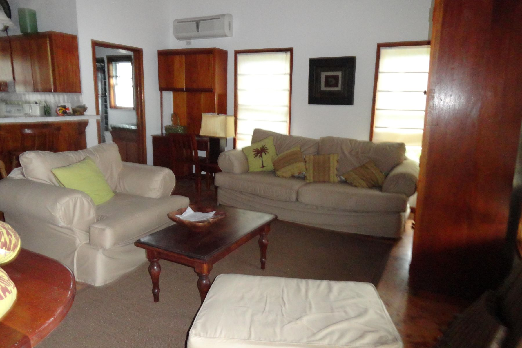 Additional photo for property listing at Sunrise Caye Villa San Pedro Town, Ambergris Caye Belice