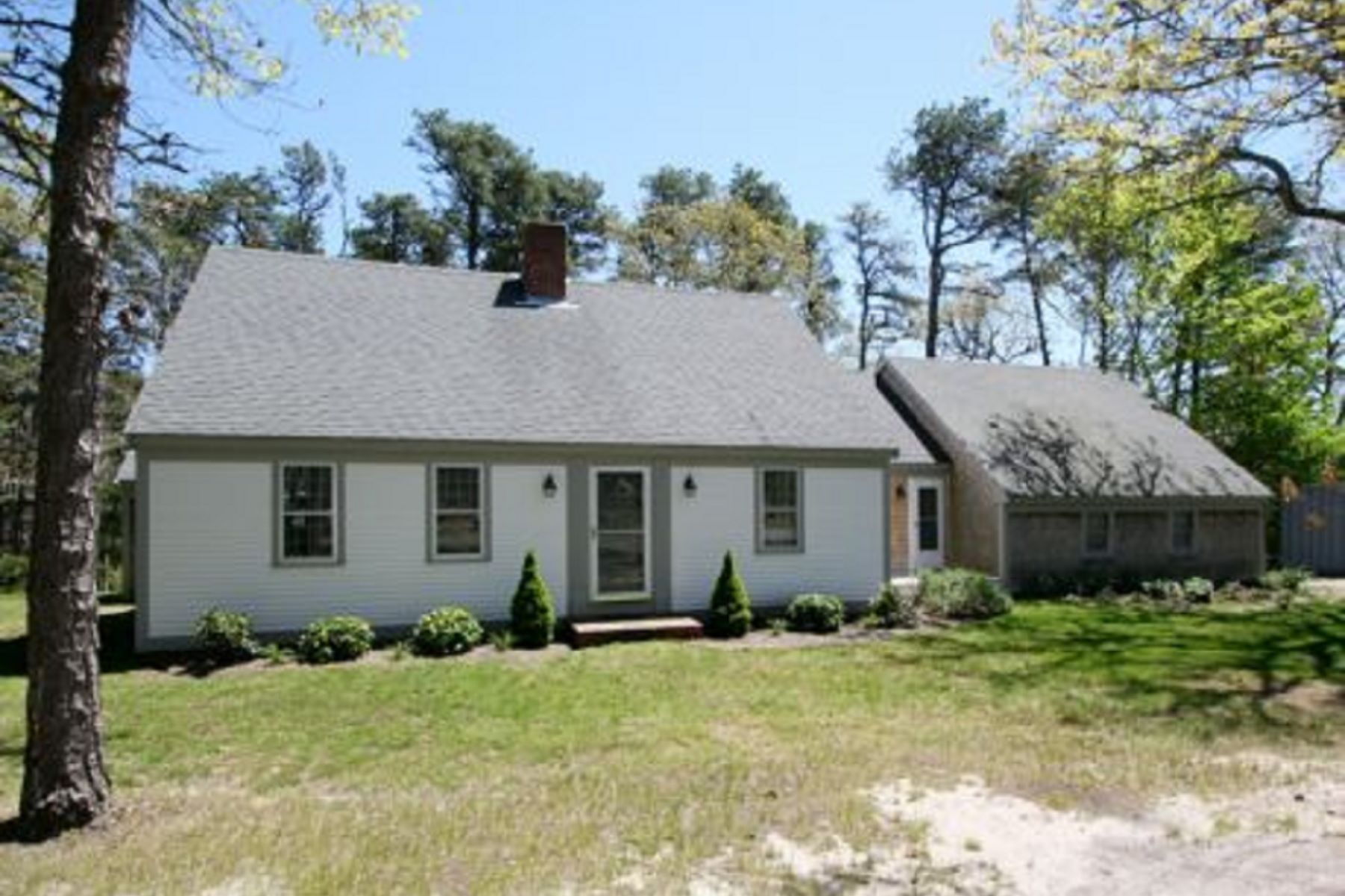واحد منزل الأسرة للـ Rent في OHAYE 33 Grannys Lane Orleans, Massachusetts 02653 United States