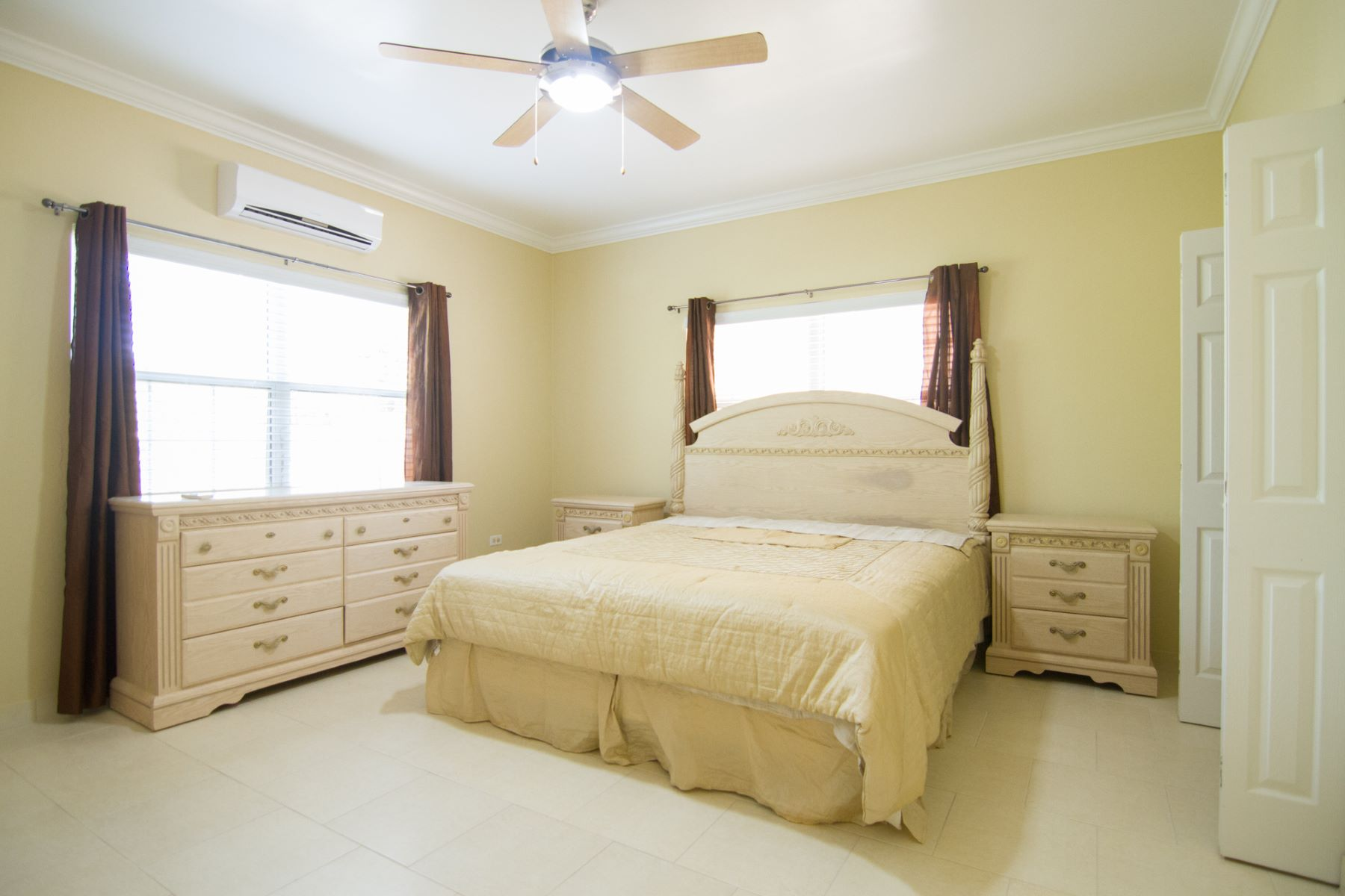 Additional photo for property listing at South Cayman Palms South Cayman Palms Terrysville Ln 低谷, 大开曼岛 KY1 开曼群岛