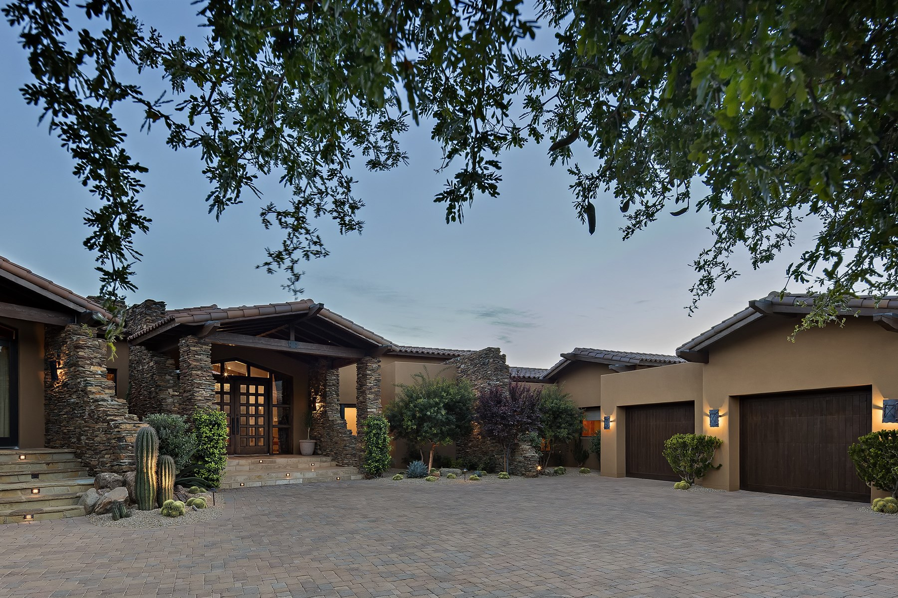 Single Family Home for Sale at Truly original home with the finest of finishes on a premier home site 9793 E Falling Star Dr, Scottsdale, Arizona, 85262 United States