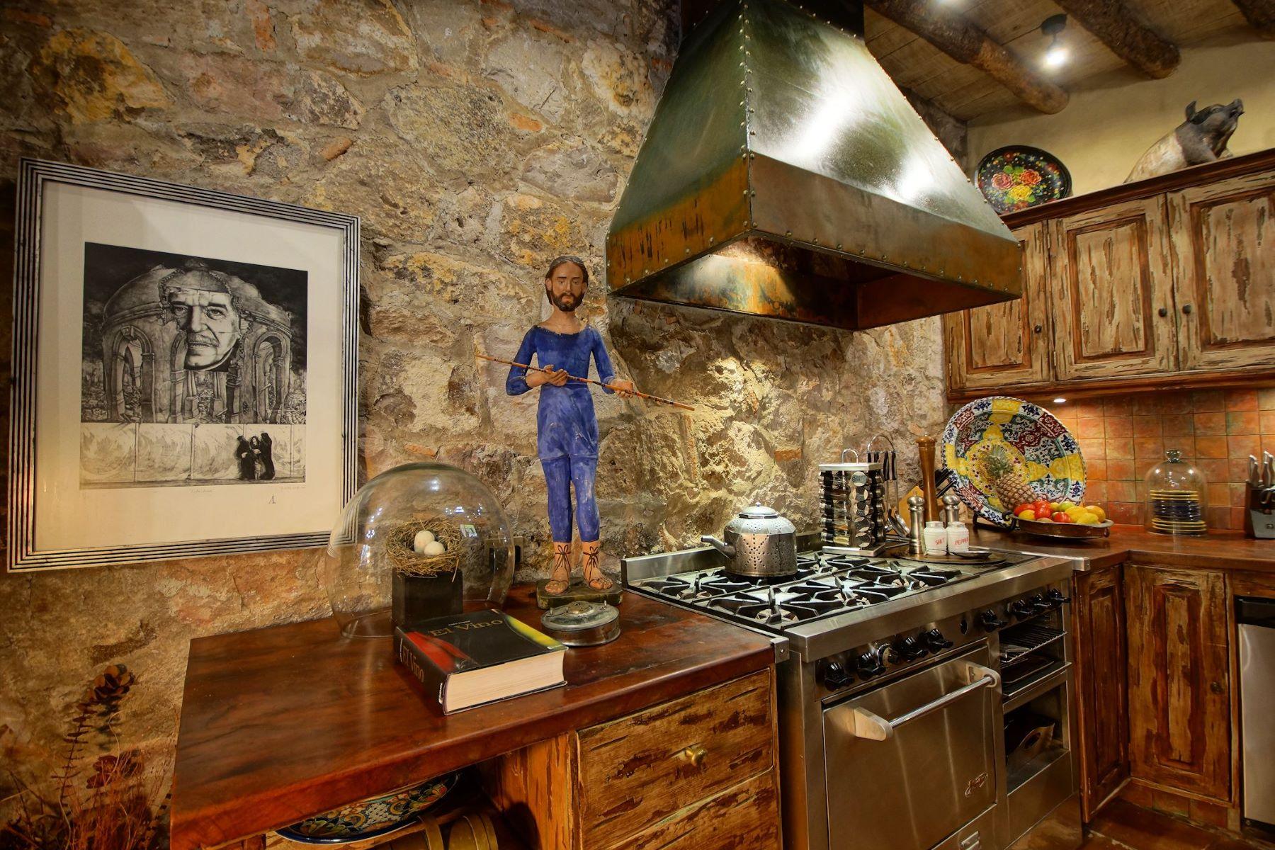 Additional photo for property listing at Casa de los Sueños Canadita de los Aguacates San Miguel De Allende, Guanajuato 37700 México