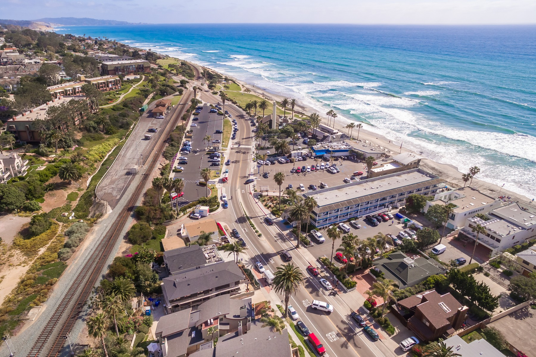 Additional photo for property listing at 1729 Coast Boulevard  Del Mar, California 92014 United States