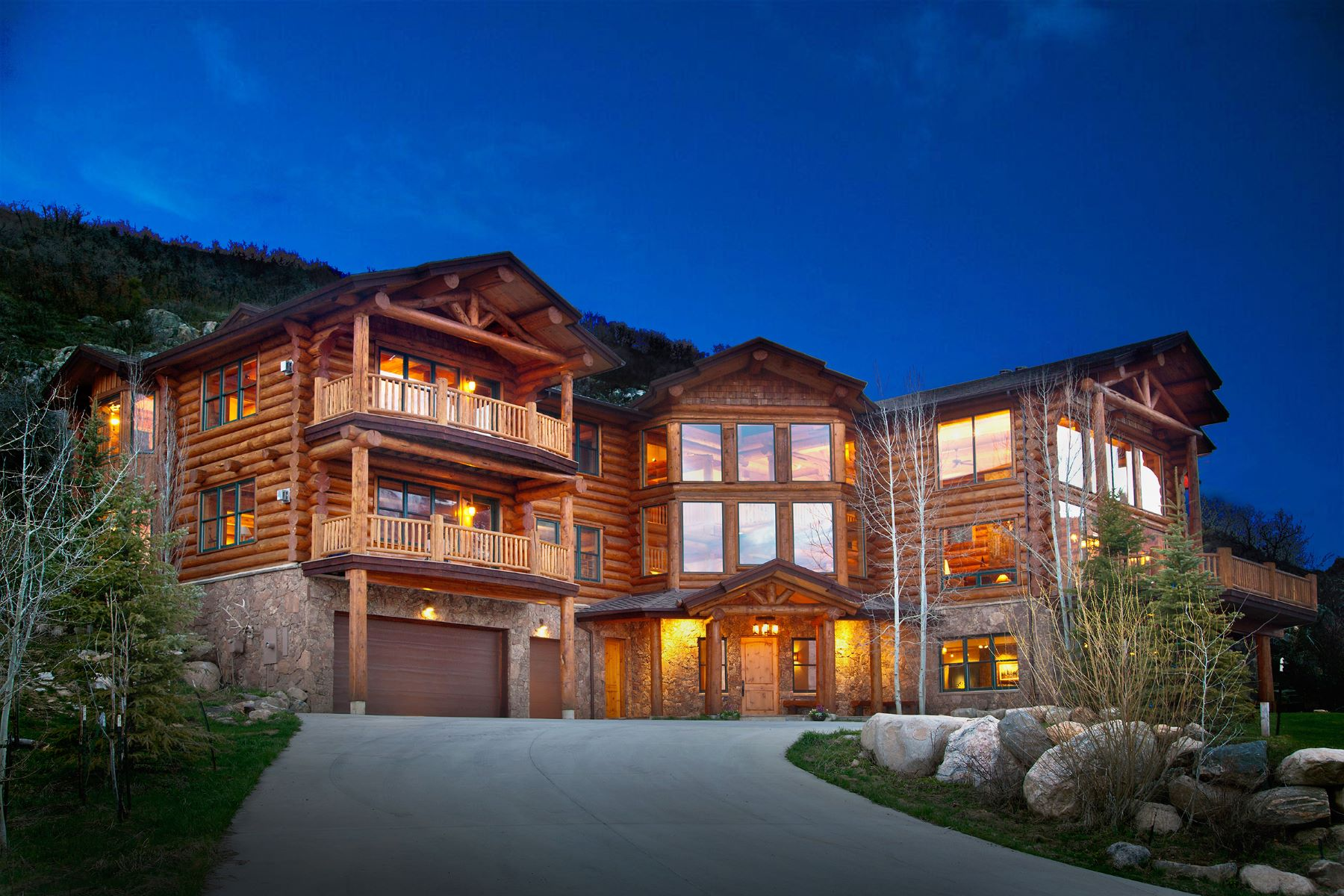 Maison unifamiliale pour l Vente à Sanctuary Log Home 2600 Heavenly View Steamboat Springs, Colorado, 80487 États-Unis