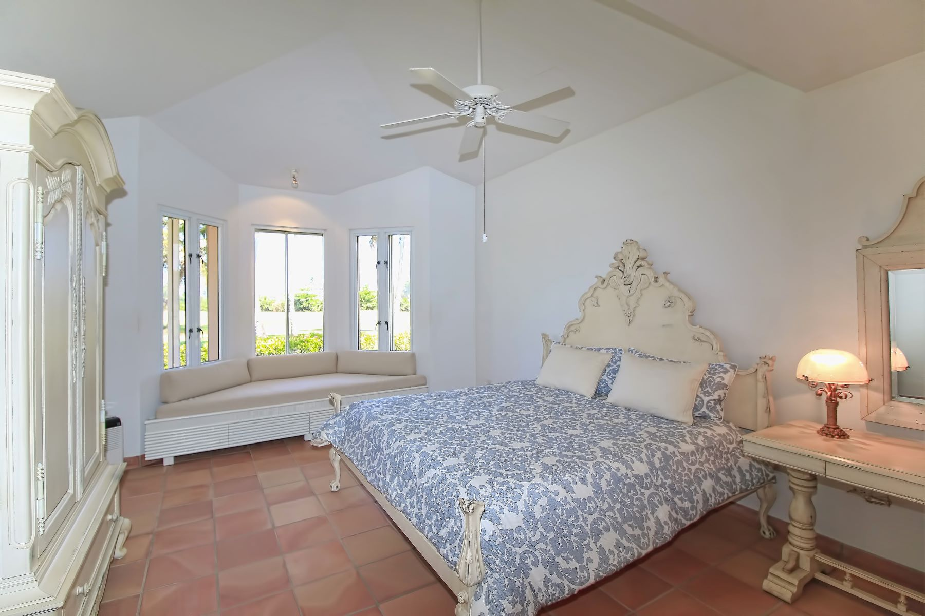 Additional photo for property listing at Mediterranean Villa at The Greens 3 Green Villas Drive Dorado Beach, Puerto Rico 00646 Porto Rico
