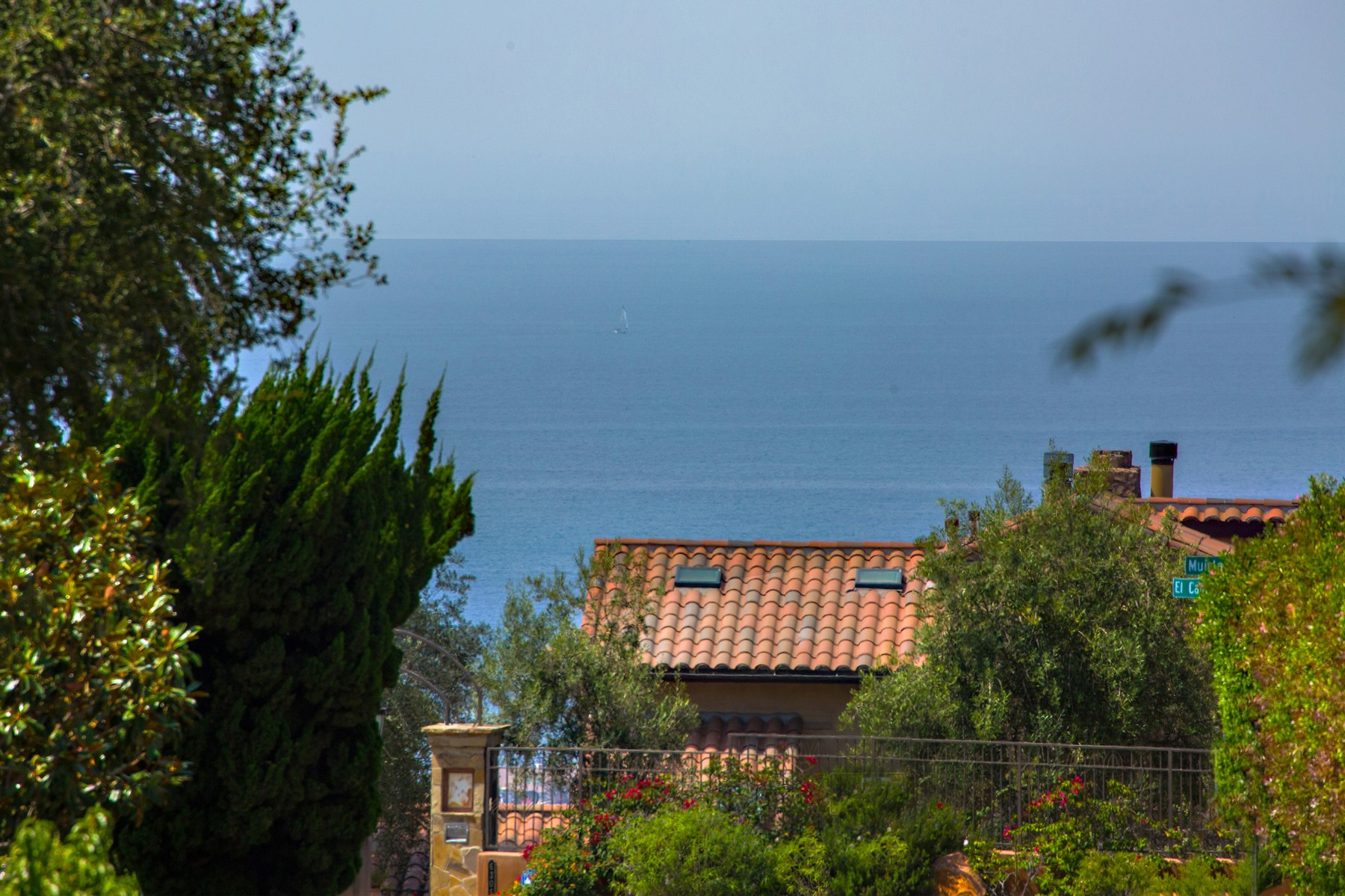 Additional photo for property listing at 6325 Muirlands Drive  La Jolla, Калифорния 92037 Соединенные Штаты