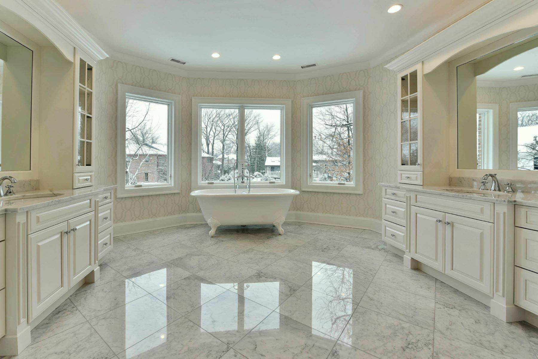 Additional photo for property listing at Prestigious North Cliffs 2 Stephen Dr Englewood Cliffs, New Jersey 07632 United States