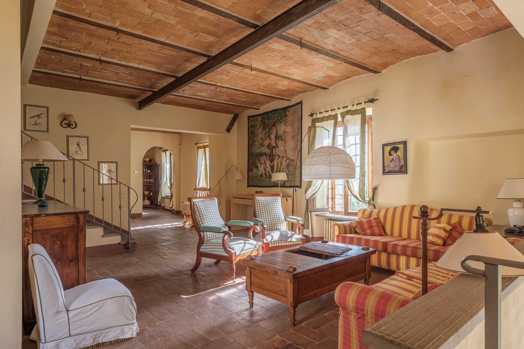Additional photo for property listing at Splendid apartment in villa Via Gentilino San Casciano In Val Di Pesa, Florence 50026 Italie