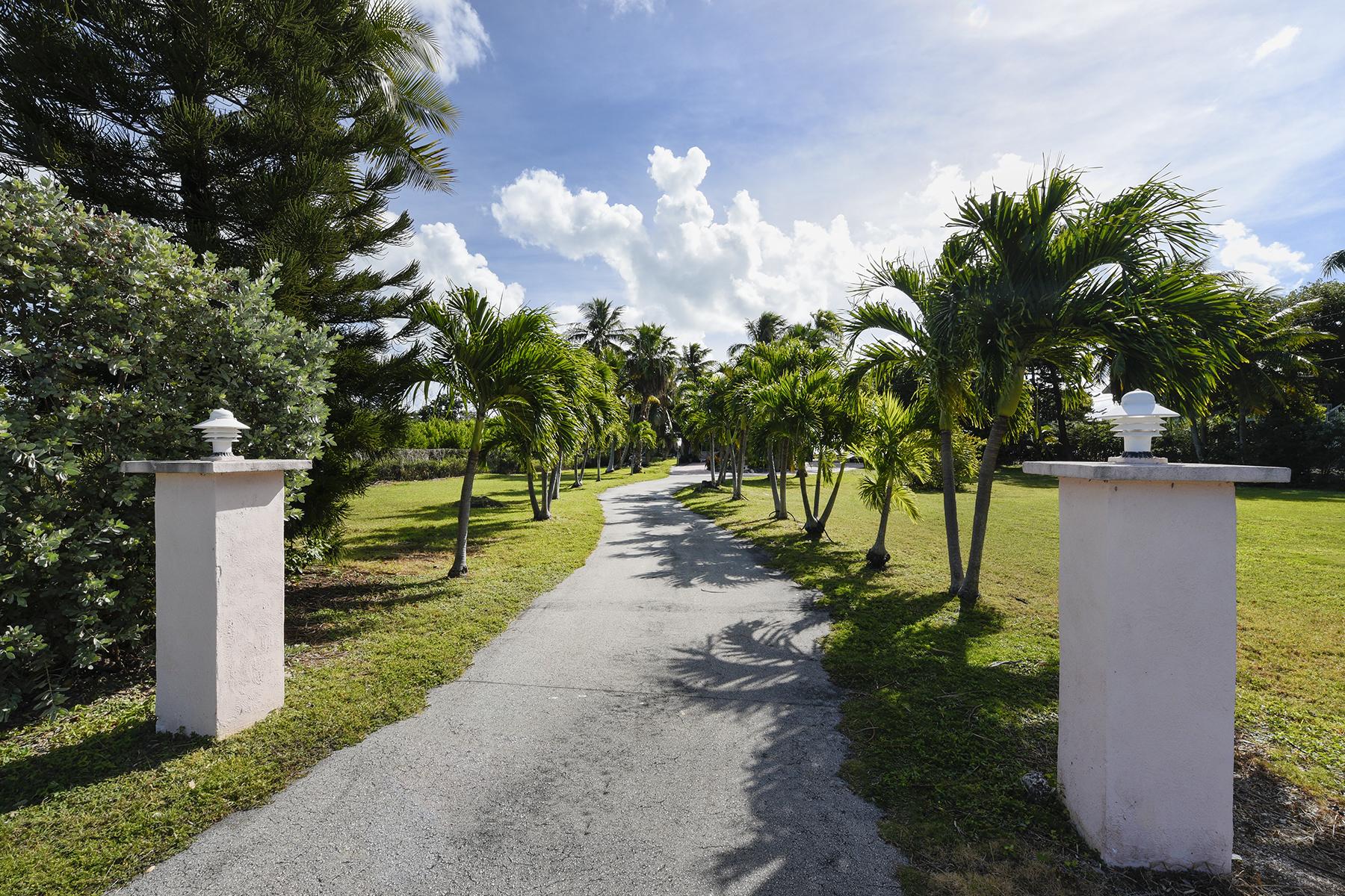 Additional photo for property listing at Premier Location 77401 Overseas Highway Islamorada, Φλοριντα 33036 Ηνωμενεσ Πολιτειεσ