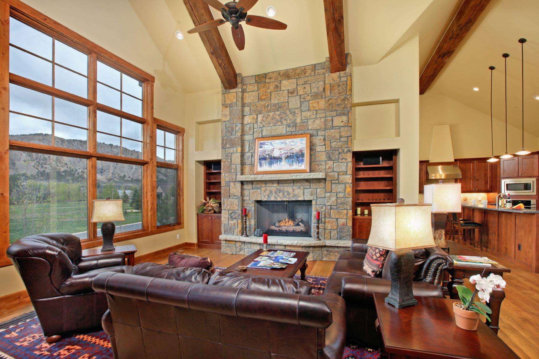 Maison unifamiliale pour l Vente à Quality Throughout 221 Wildflower Carbondale, Colorado, 81623 États-Unis