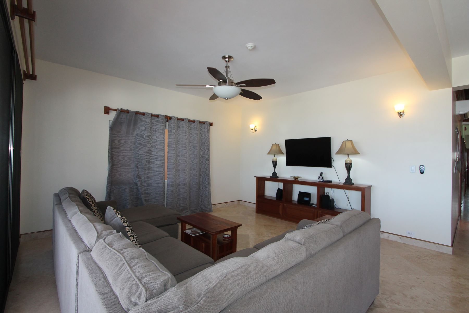 Additional photo for property listing at Hol Chan Reef Resort 1E San Pedro Town, Ambergris Caye Belize