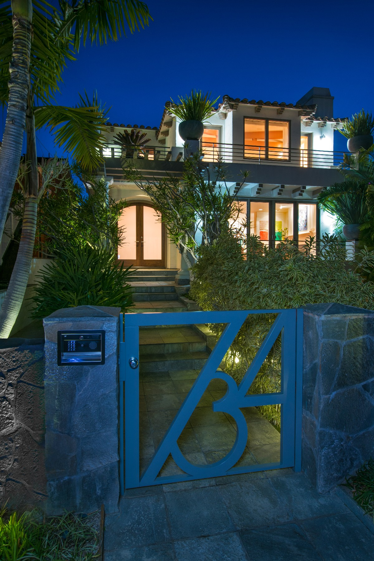 Additional photo for property listing at 734 Glorietta Boulevard  Coronado, Californie 92118 États-Unis