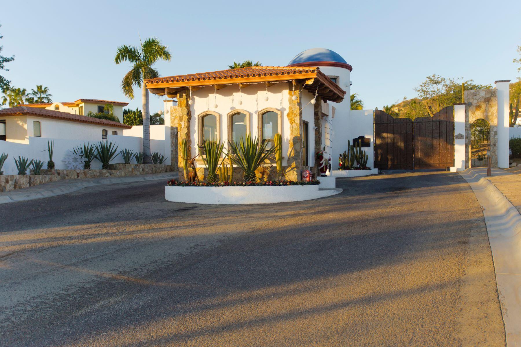 Additional photo for property listing at Rancho Paraíso Heights E-12 Cabo San Lucas, Baja California Sur Mexico