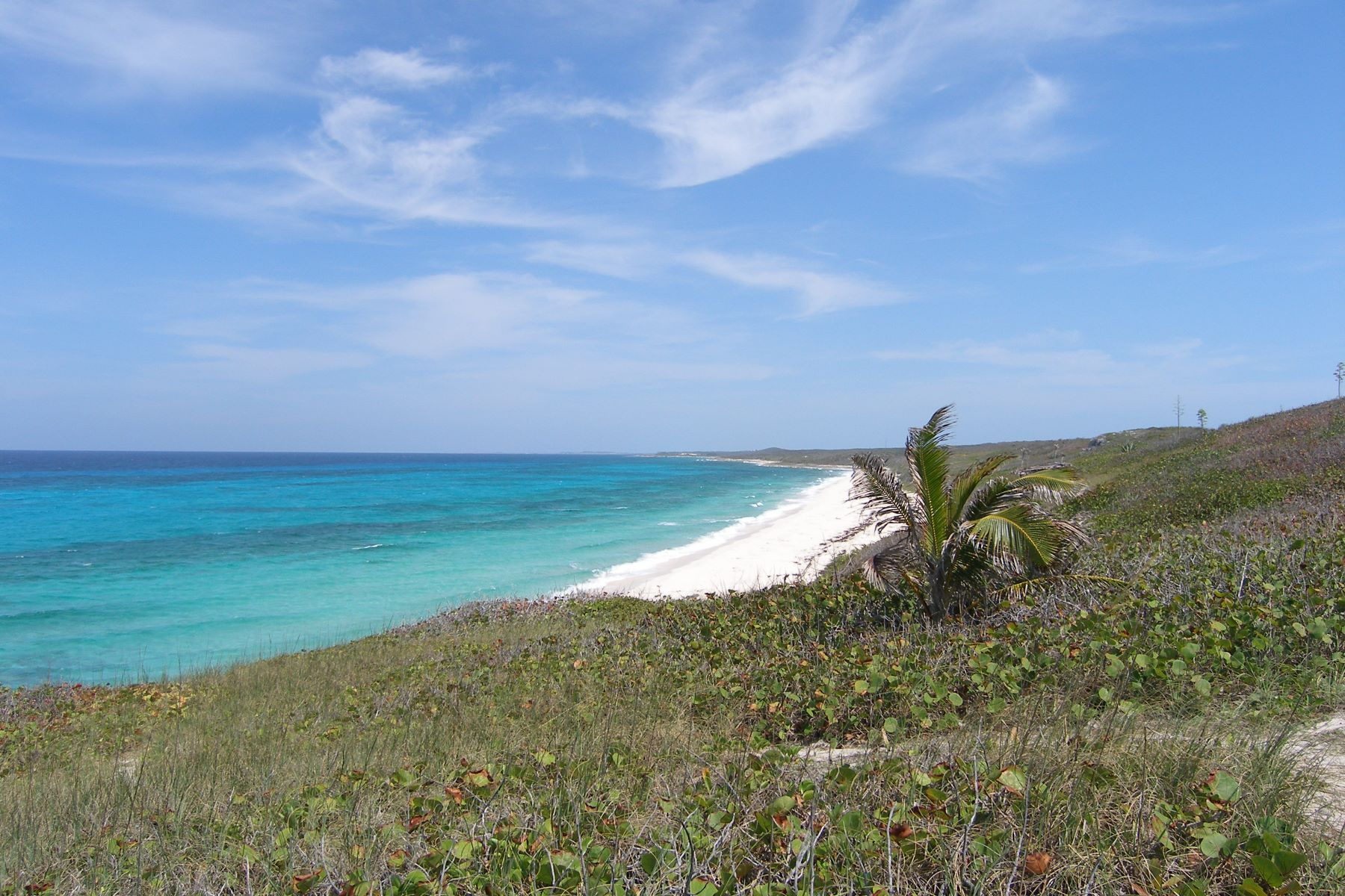 Terrain pour l Vente à Lots 13,14,& 15, Block 79, Section J Gregory Town, Eleuthera Bahamas