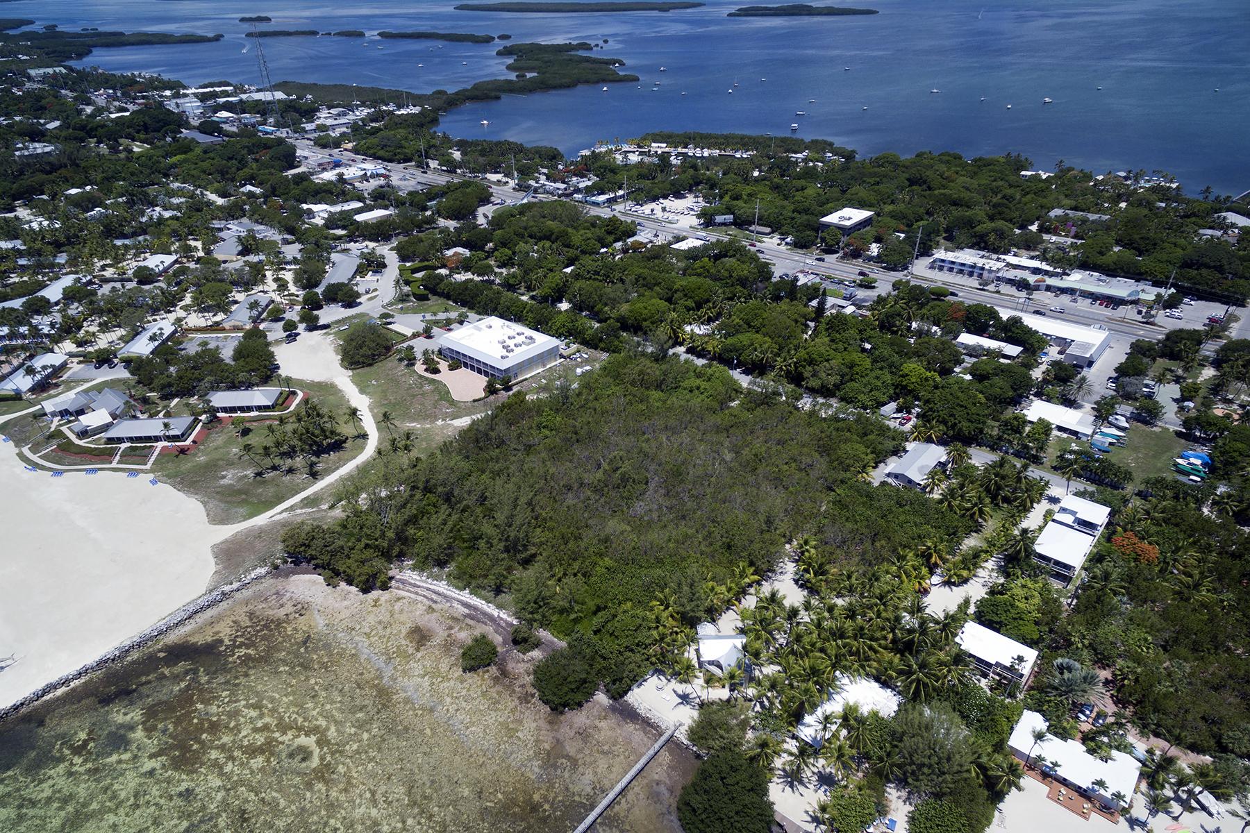 Terreno por un Venta en Oceanfront Parcel 177 Carroll Street Florida Keys, Islamorada, Florida, 33036 Estados Unidos