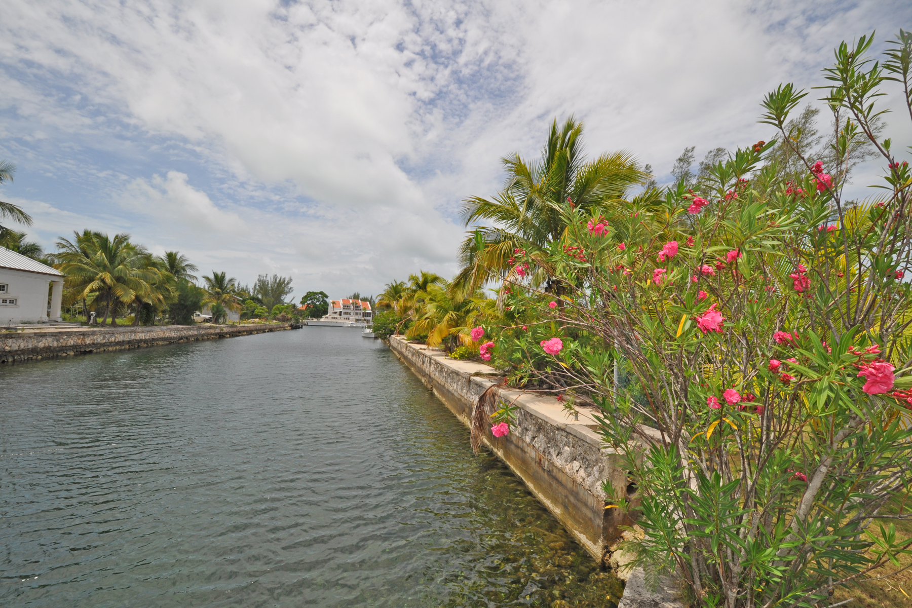 Land for Sale at Coral Harbour Lot 85 Coral Harbour, Nassau And Paradise Island Bahamas