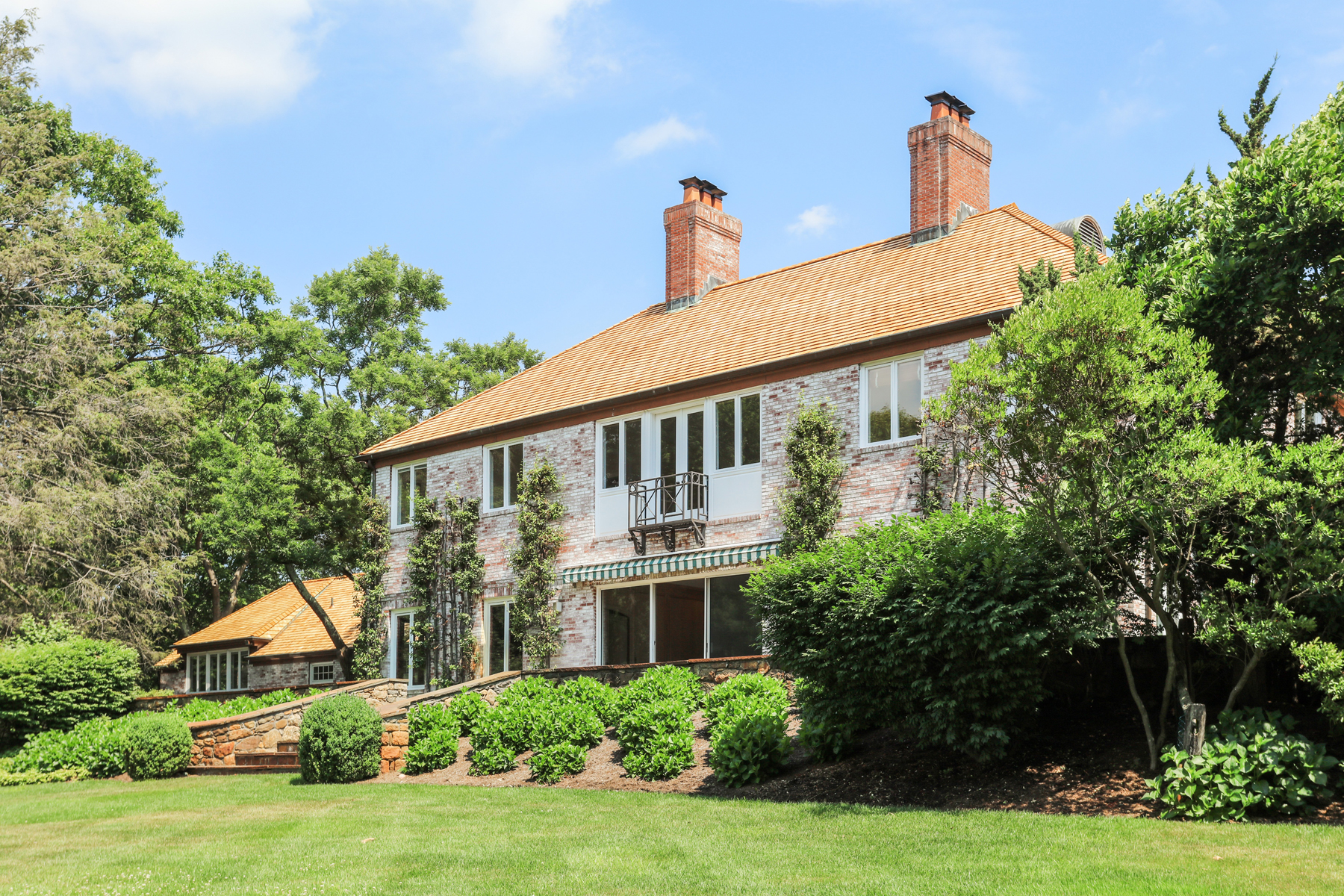 Single Family Home for Sale at On a clear day, you can see forever. 93 Whippoorwill Road, Armonk, New York, 10504 United States