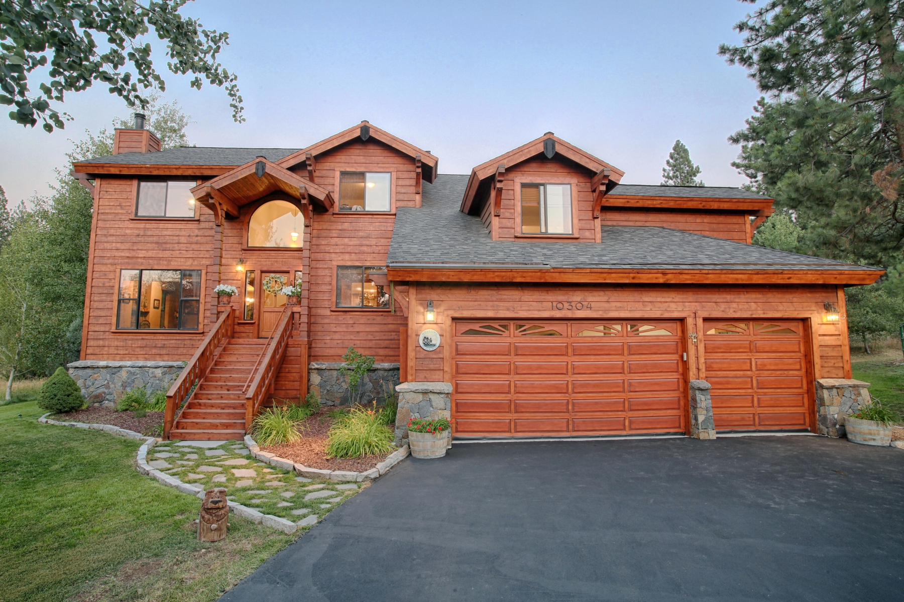 Single Family Home for Active at 10304 Courtenay Lane Truckee, California 96161 United States