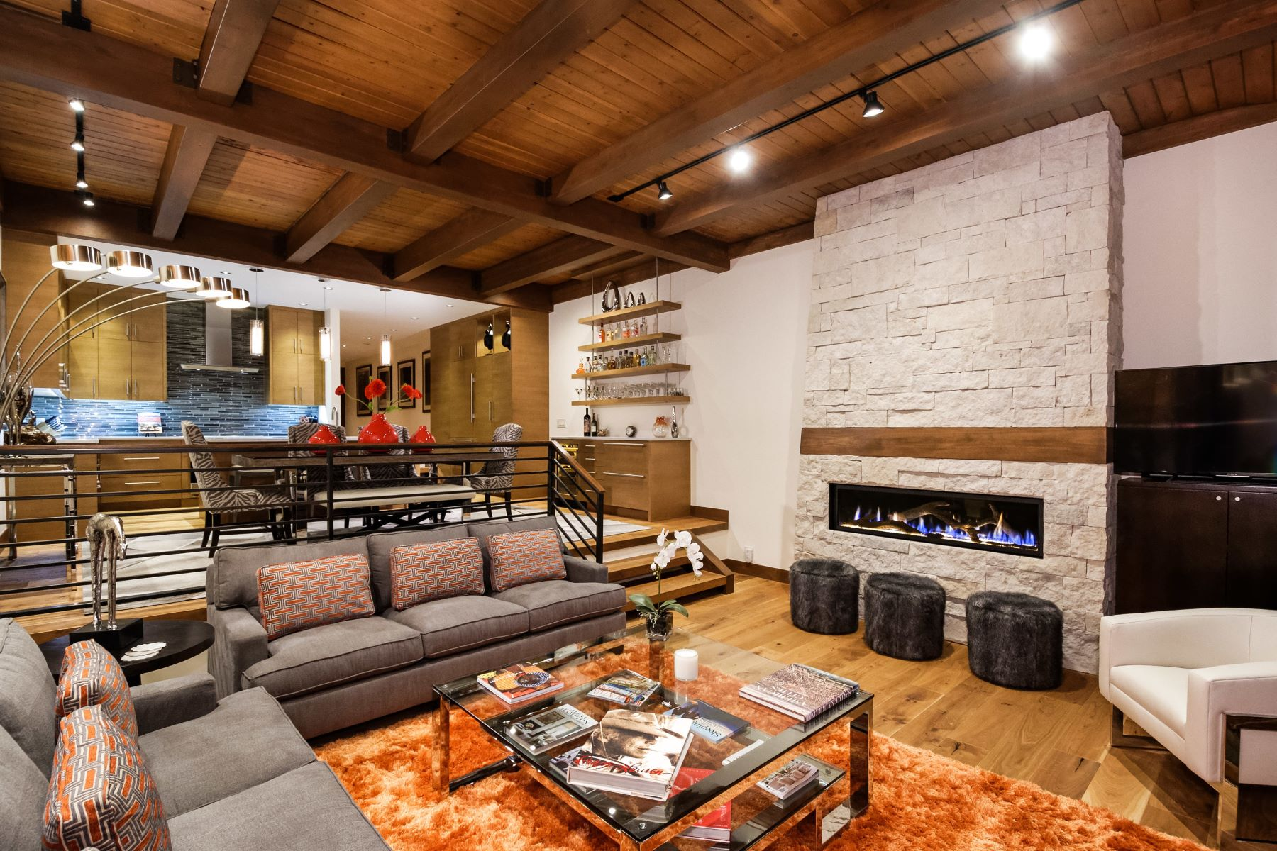 Casa unifamiliar adosada (Townhouse) por un Venta en The Jewel of Snowmass Village 800 Ridge Road, Unit #10, Snowmass Village, Colorado, 81615 Estados Unidos