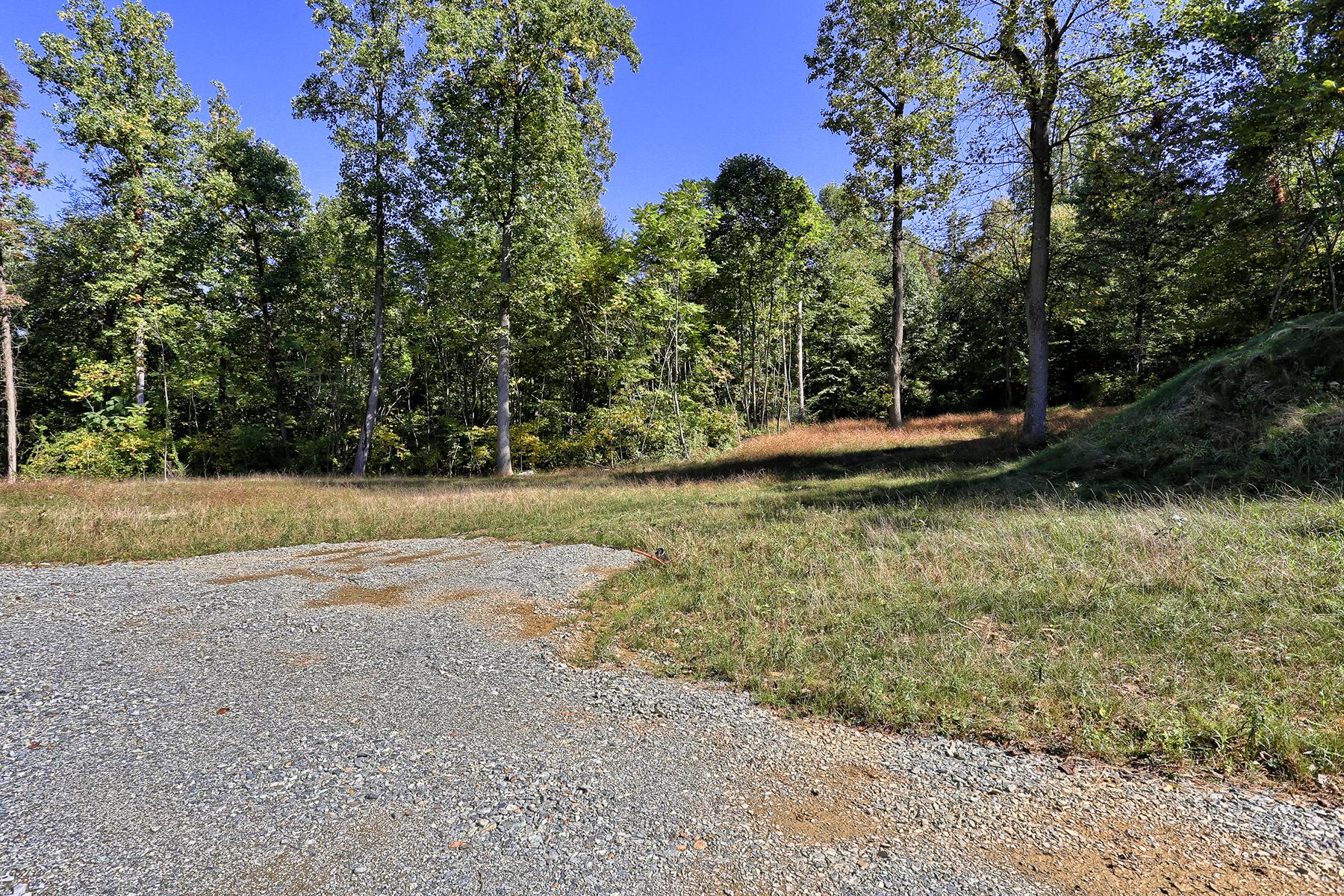Terrain pour l Vente à Hilldale Estates 77 Hilldale Road lot 8 Pequea, Pennsylvanie 17565 États-Unis