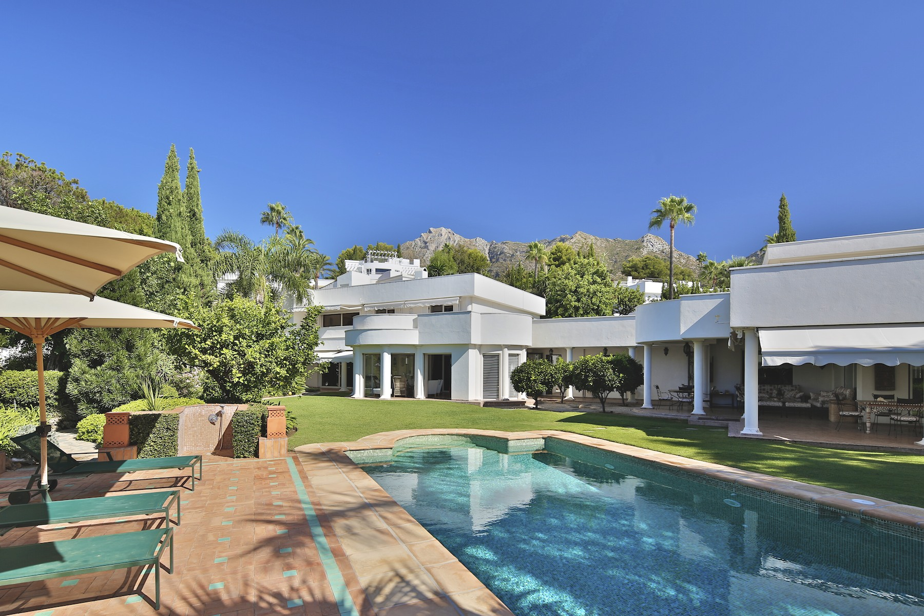 獨棟家庭住宅 為 出售 在 Villa in Marbella Golden Mile Marbella, Costa Del Sol, 29600 西班牙