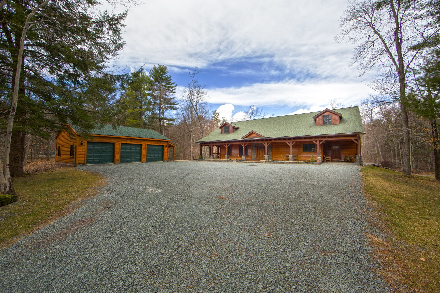 Additional photo for property listing at Foxtail Lodge at The Chapin Estate 104 Sunset Point Bethel, Нью-Йорк 12720 Соединенные Штаты
