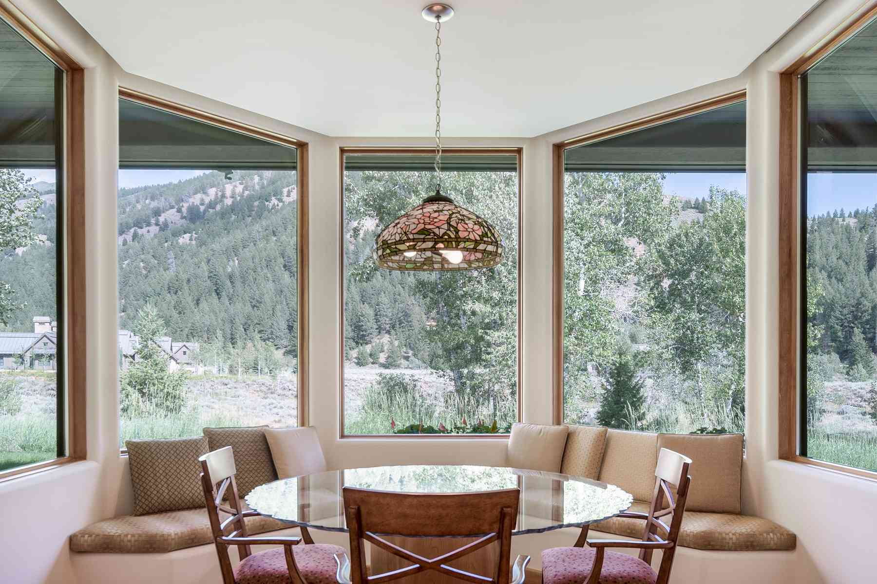 Additional photo for property listing at One of a kind Contemporary Home 205 Canyon Road Sun Valley, Idaho 83353 United States