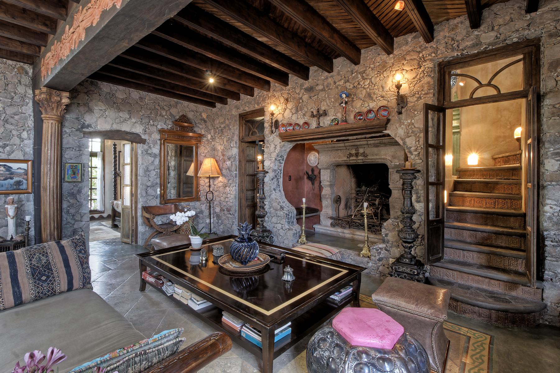Additional photo for property listing at Cuesta de Loreto Calle Cuesta de Loreto San Miguel De Allende, Guanajuato 37774 Mexico
