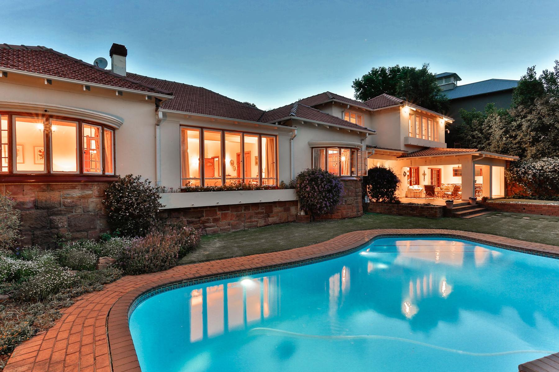 단독 가정 주택 용 매매 에 Westcliff 6 Westcliff Dtive Johannesburg, 가우텡, 2193 남아프리카