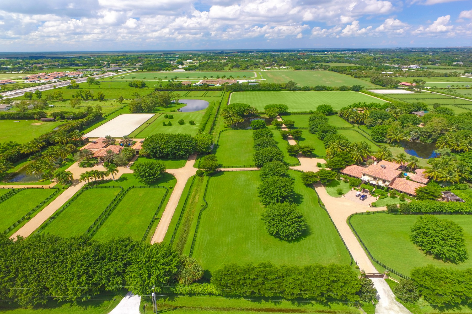 Maison unifamiliale pour l Vente à 4715 125th Ave South Wellington, Florida, 33414 États-Unis