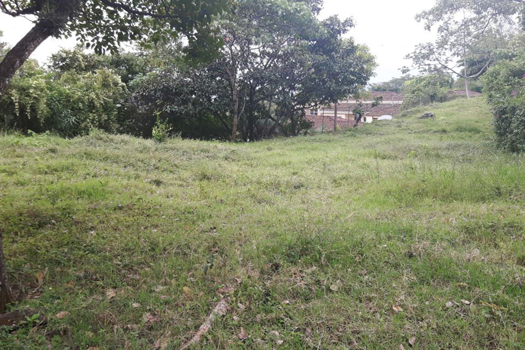 Additional photo for property listing at Lote Real Escazu, San Jose Costa Rica