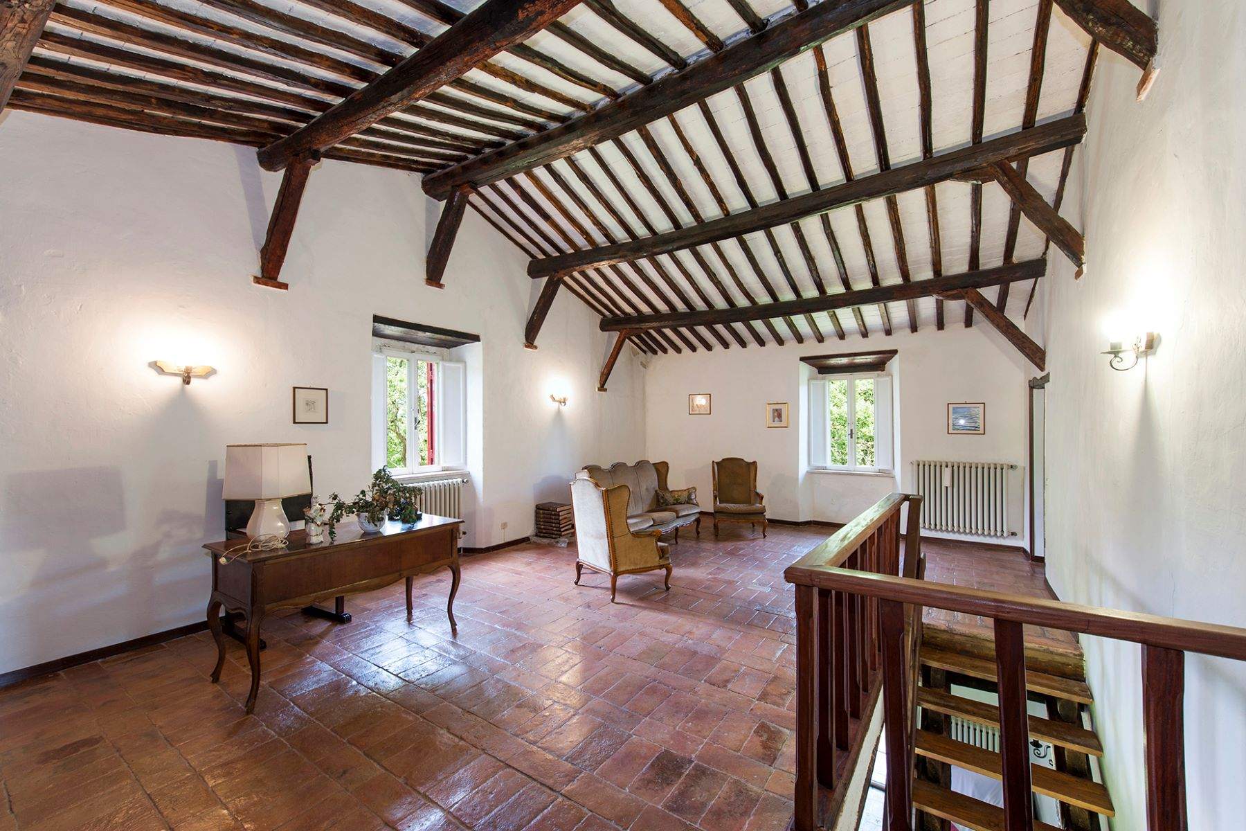 Additional photo for property listing at Beautiful farmhouse near Orte Orte, Viterbo Italie