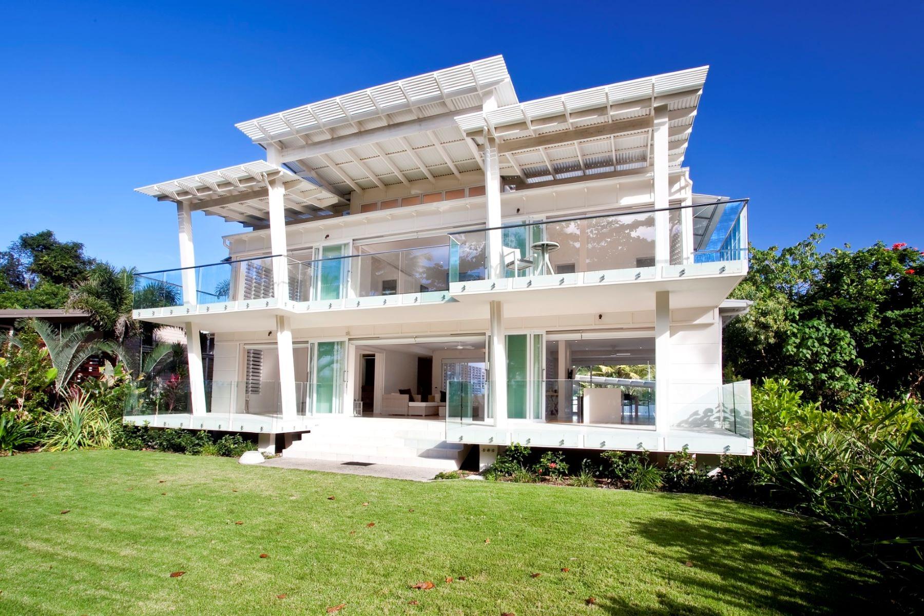 Nhà ở một gia đình vì Bán tại The White House 34 Pacific Parade Cairns, Queensland, 4852 Úc