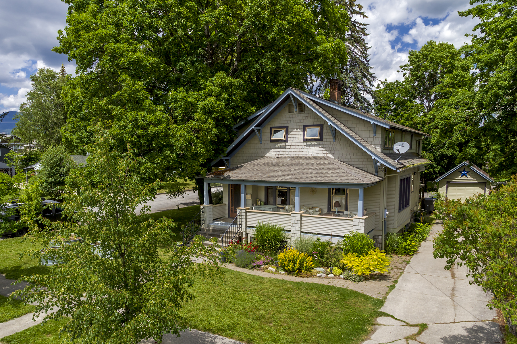 Single Family Home for Sale at Coveted So. Sandpoint Location!! 536 Erie Sandpoint, Idaho, 83864 United States