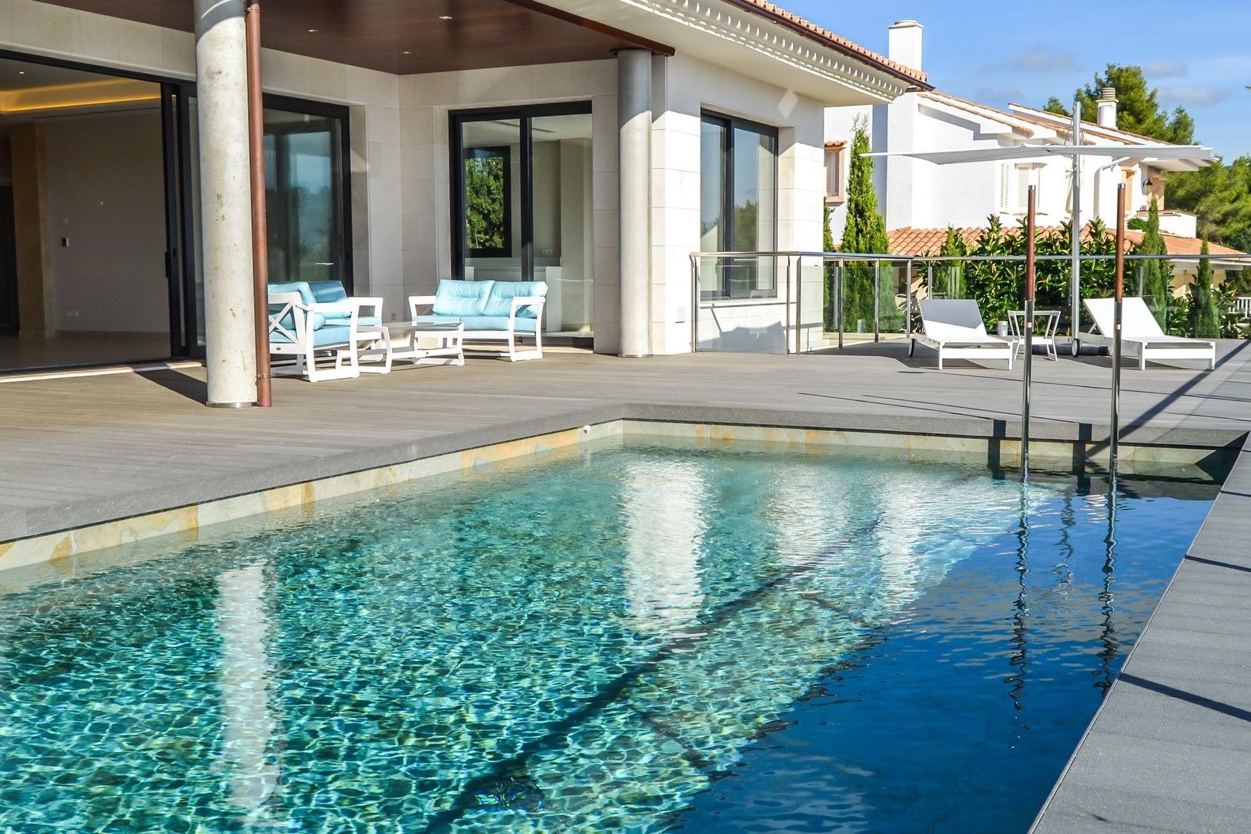 Casa Unifamiliar por un Venta en Newly-built Villa in Son Vida Palma Center, Mallorca, 07013 España