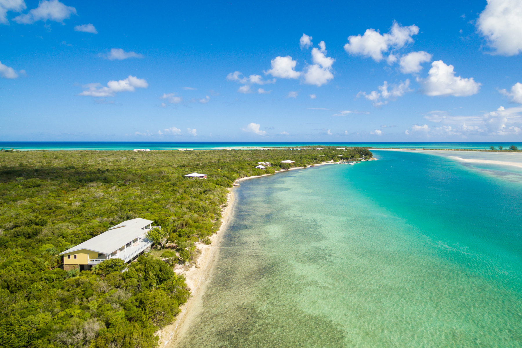 Additional photo for property listing at Sandcastle on Pine Cay Channel Front Pine Cay, Pine Cay TCI Теркс И Кайкос